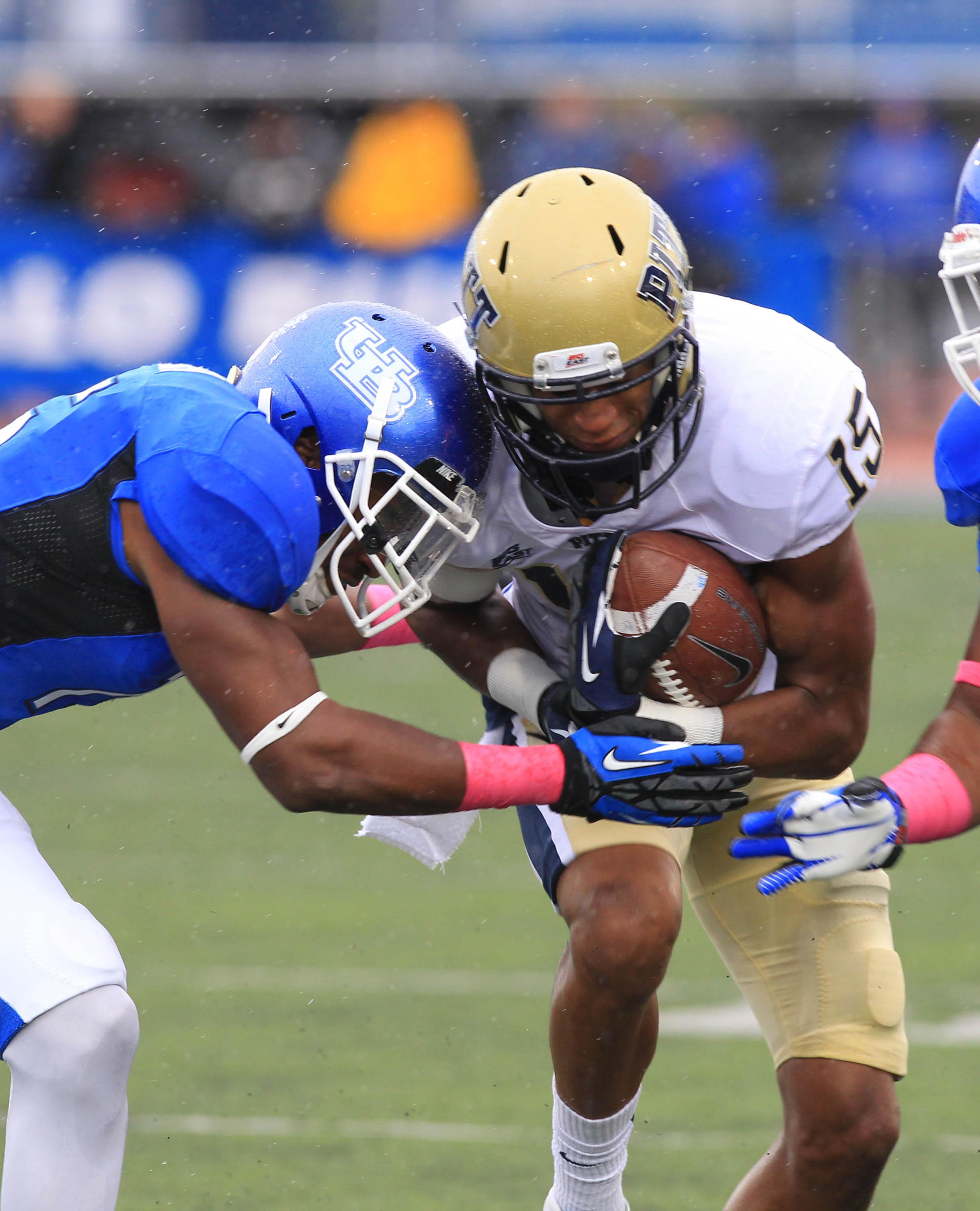 Buffalo linebacker Khalil Mack earns watch list honors Monday.