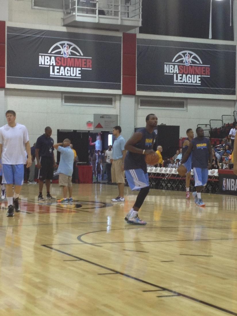 Jordan Hamilton warming up before the Pelicans game in Las Vegas.