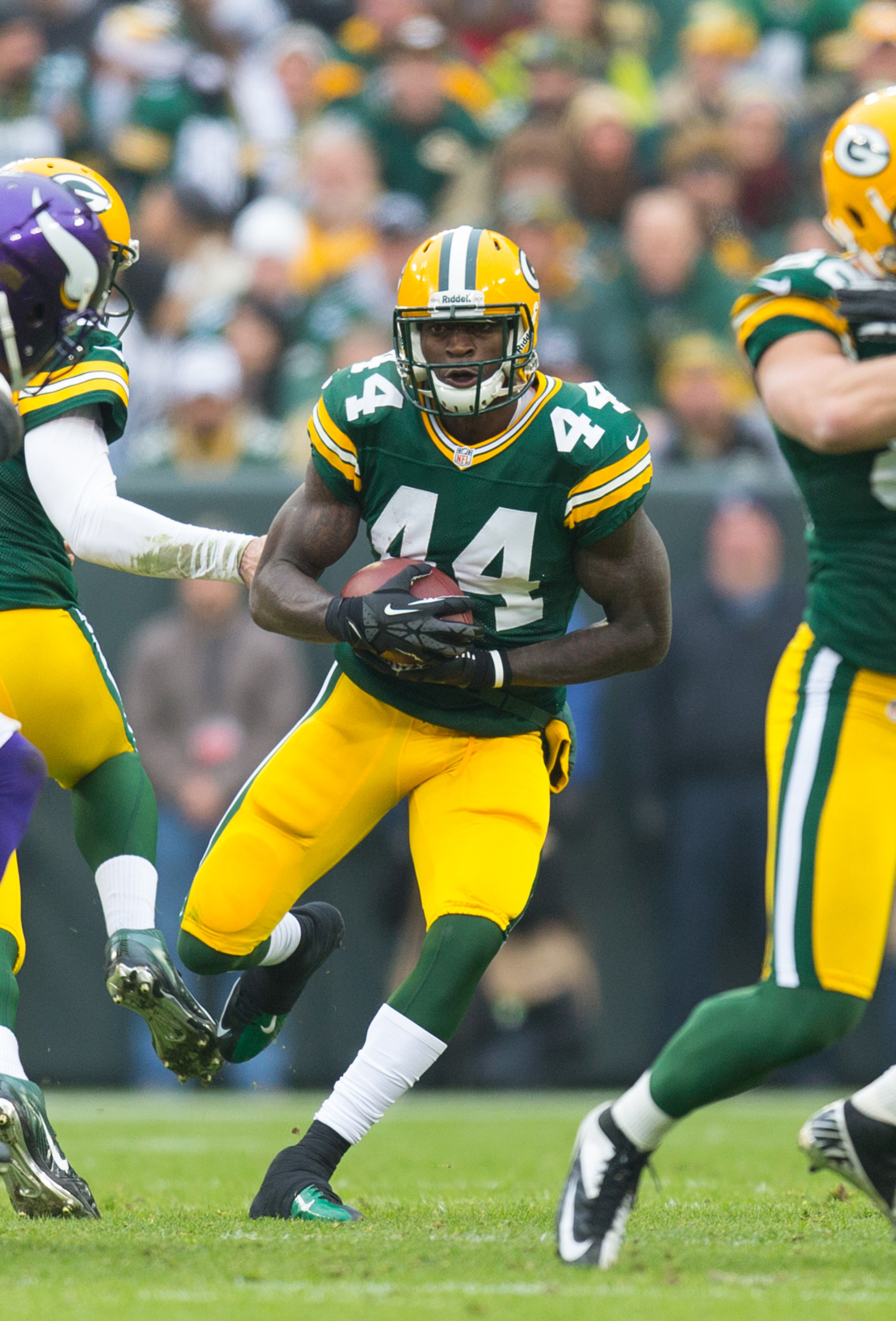 James Starks (44) makes a cut during a 2012 game against the Minnesota Vikings