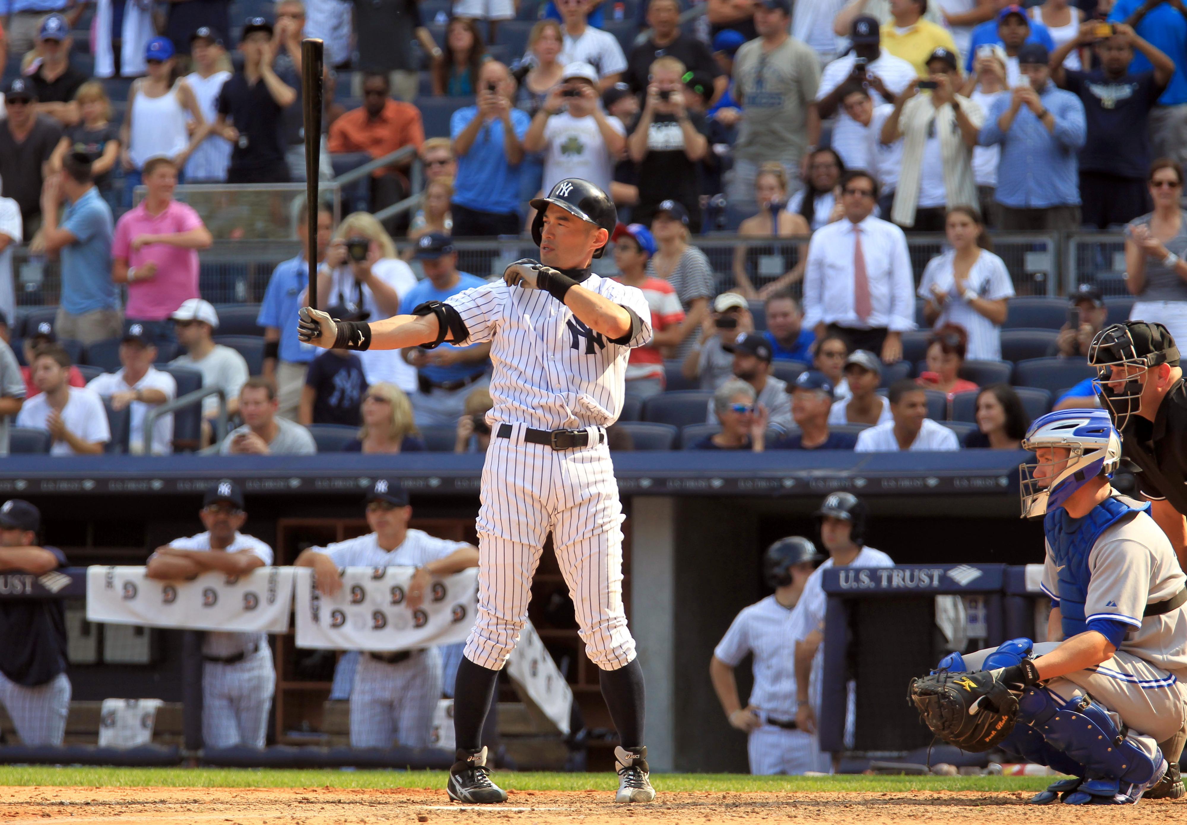 Ichiro records hit No. 4,000 in Japan and U.S.