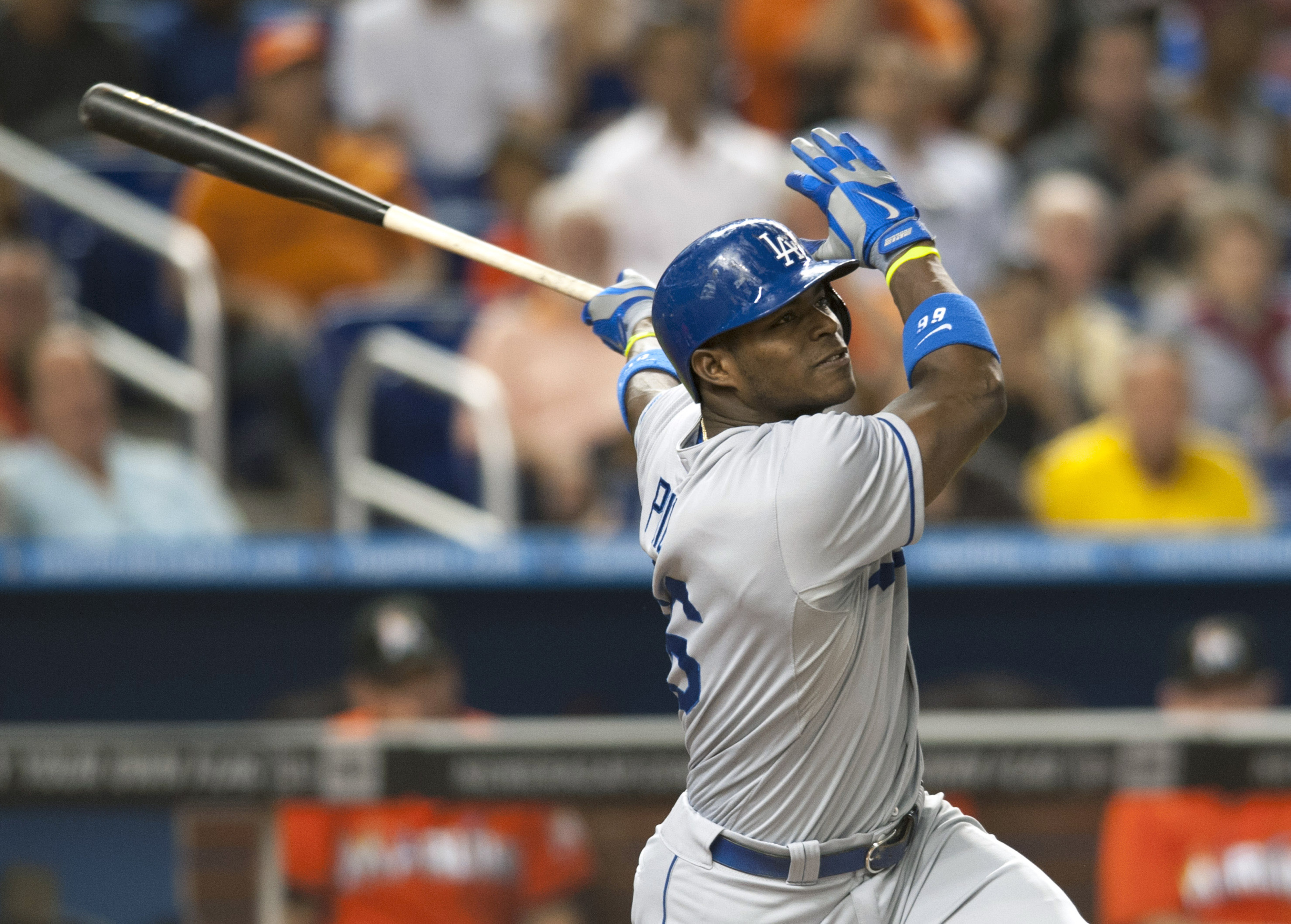 Yasiel Puig, benched by Dodgers, hits game-winning homer anyway