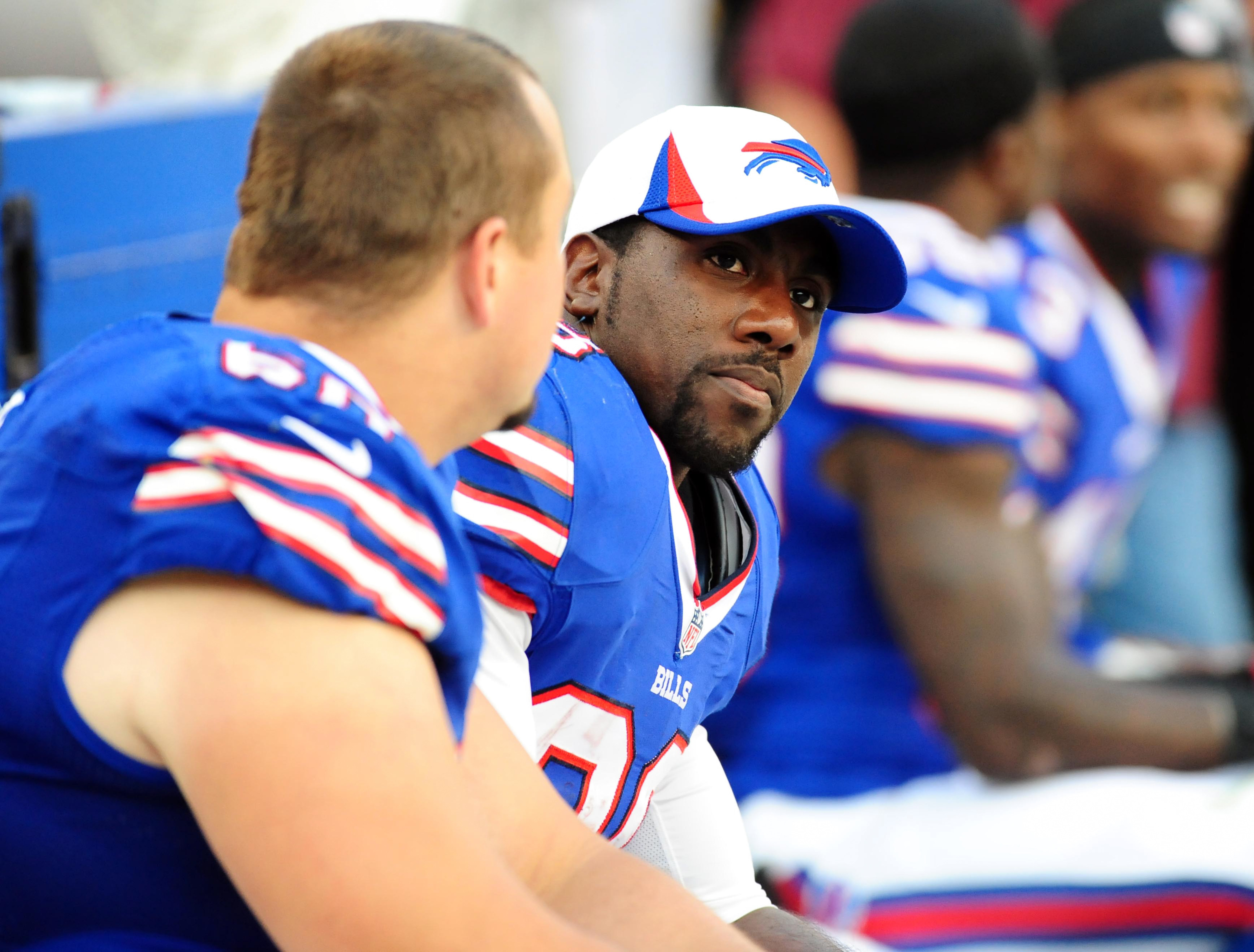 C.J. Spiller leaves Buffalo Bills to be with family