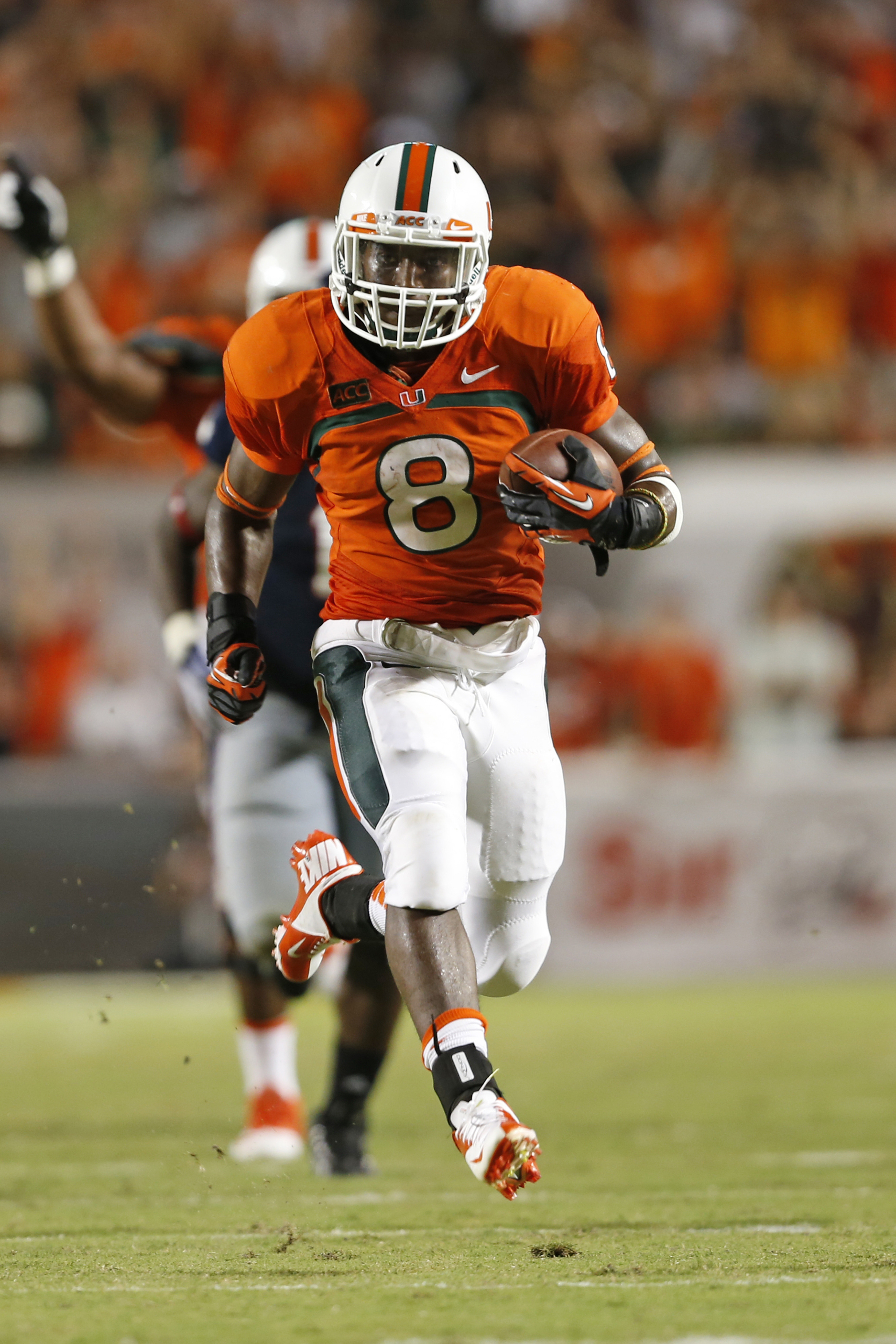 Florida Atlantic vs. Miami 2013 game recap: Duke Johnson leads Hurricanes to a 34-6 victory