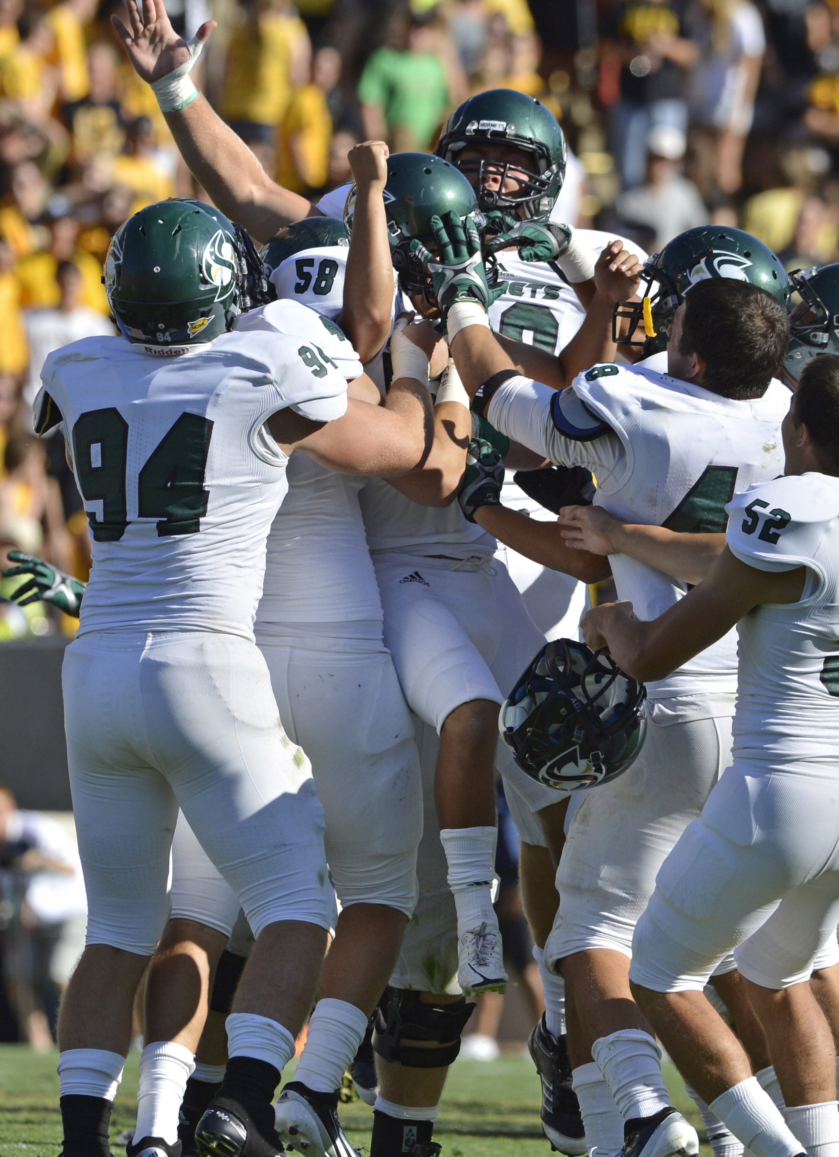 The Hornets celebrated after toppling Colorado last season.
