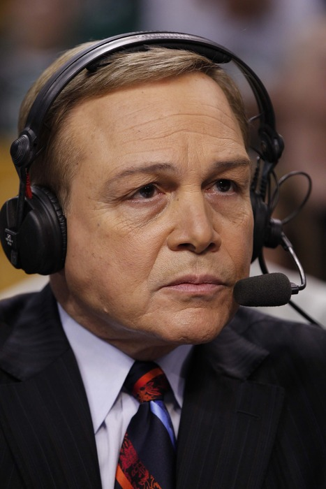 Mike Fratello's led his underdog Ukraine team to a surprise 2-0 record.