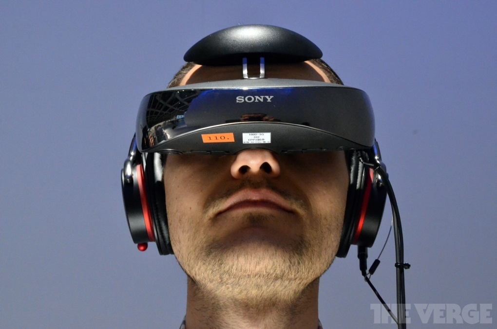 Sony UK reveals the £1,299 HMZ-T3 3D head-mounted display