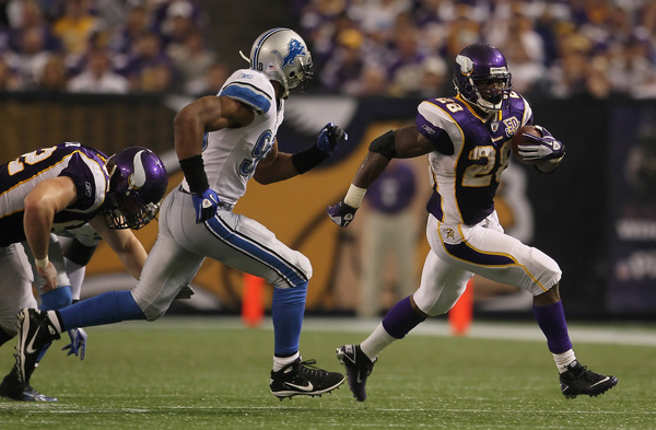 Adrian Peterson delivers in three-touchdown performance against the Lions