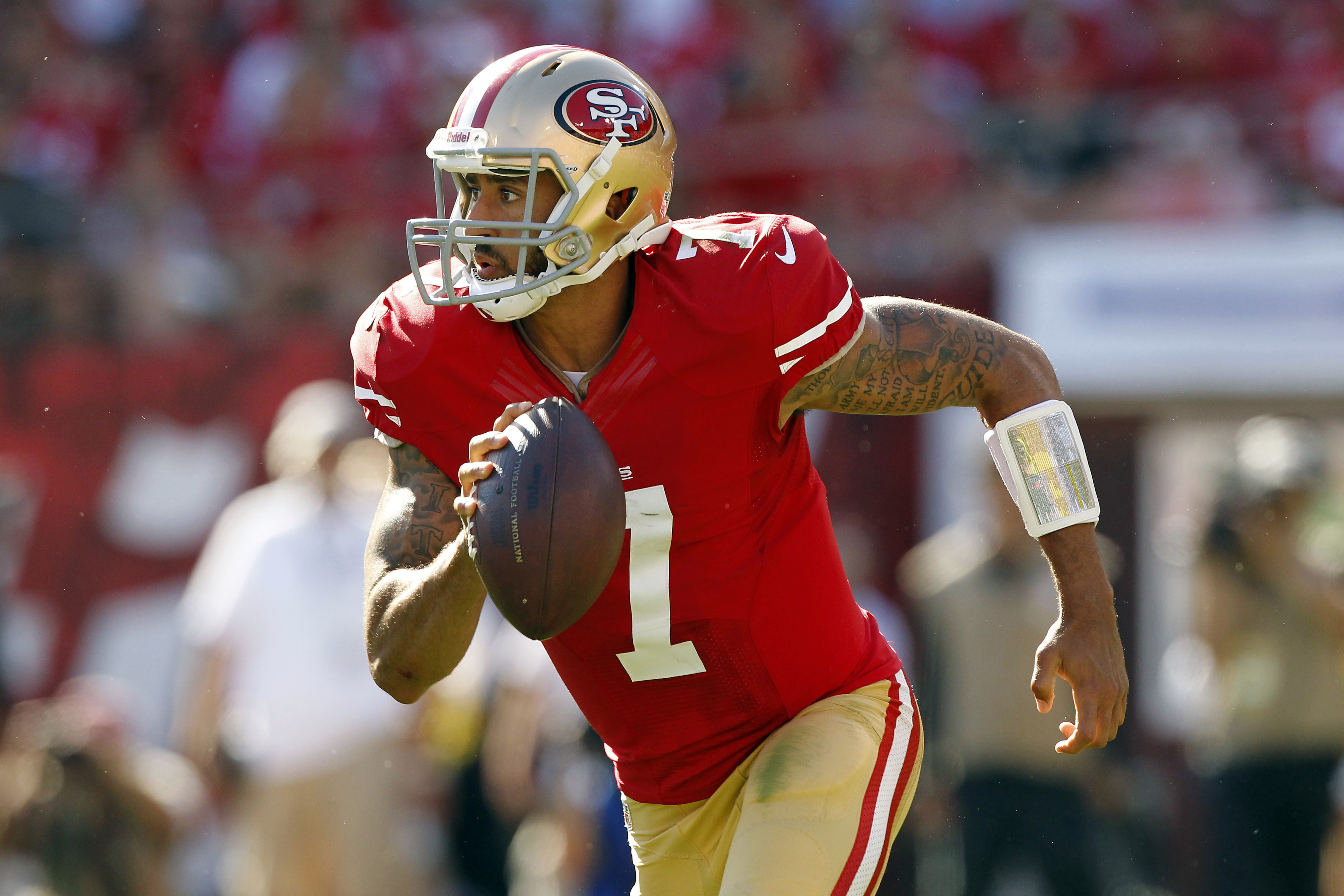 Colin Kaepernick leads the 49ers to a big win against Green Bay in Week One