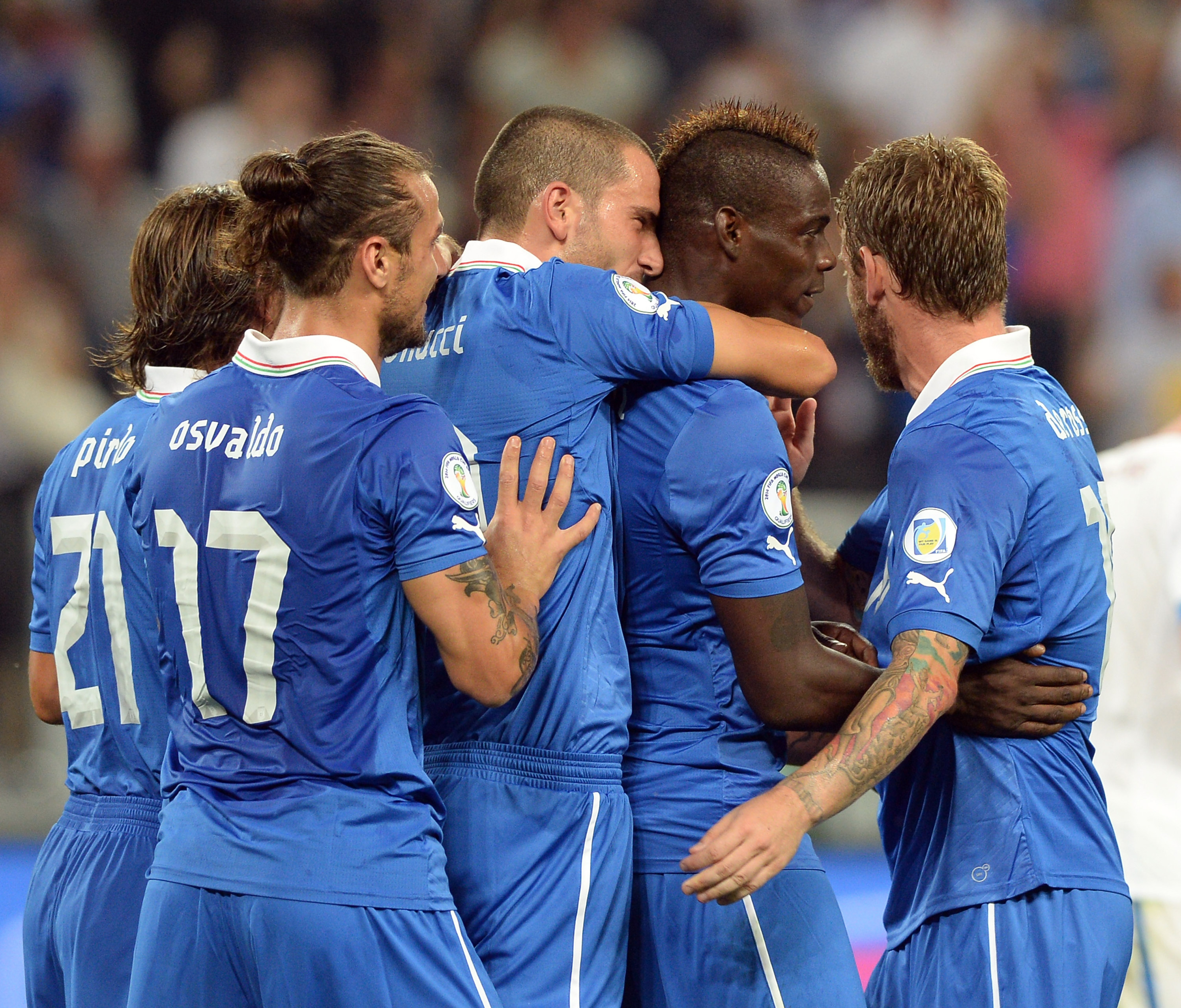 UEFA World Cup 2014 qualifying: Italy, Netherlands go through