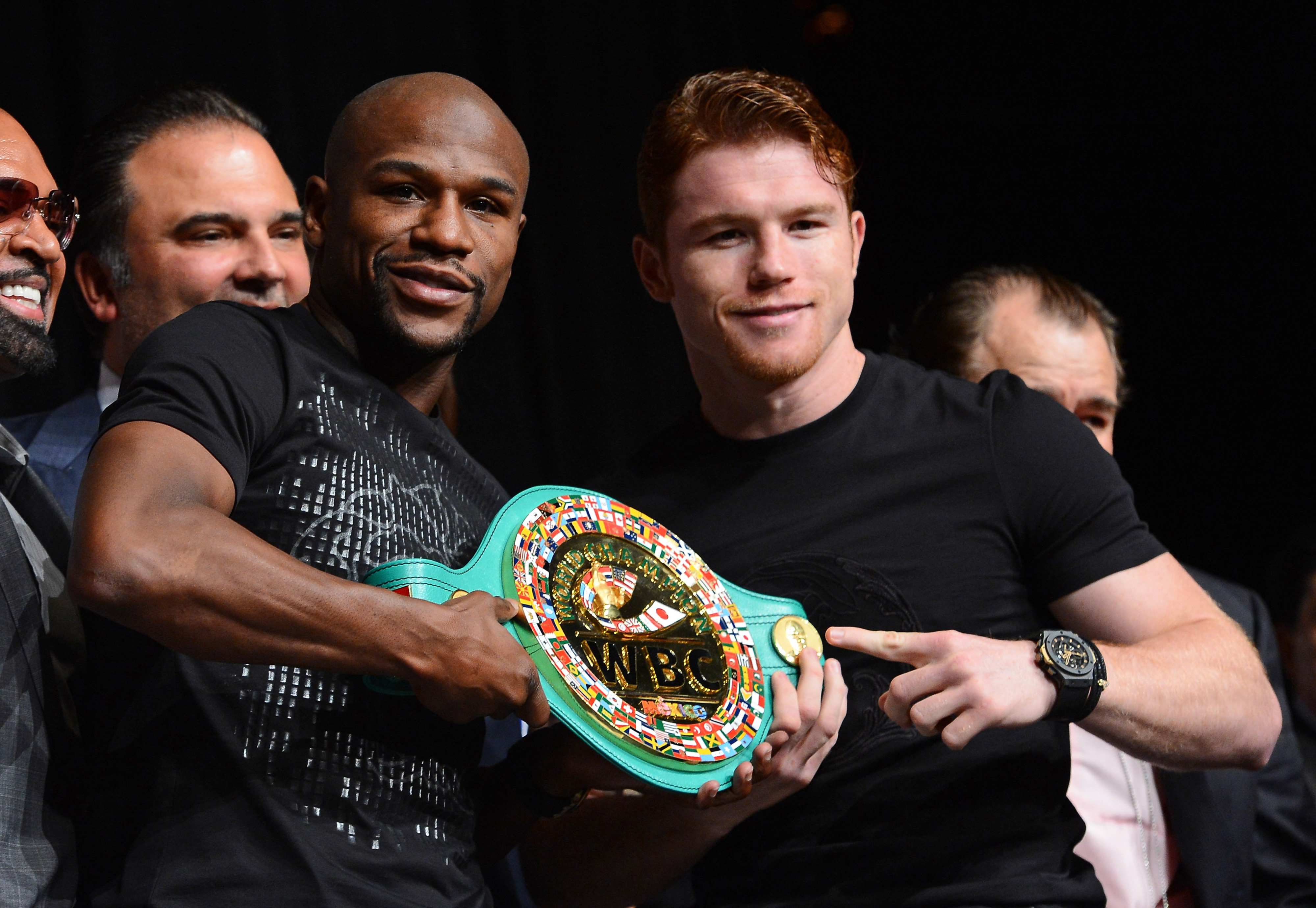 Mayweather vs. Canelo Alvarez odds: Floyd favored by smallest margin in years