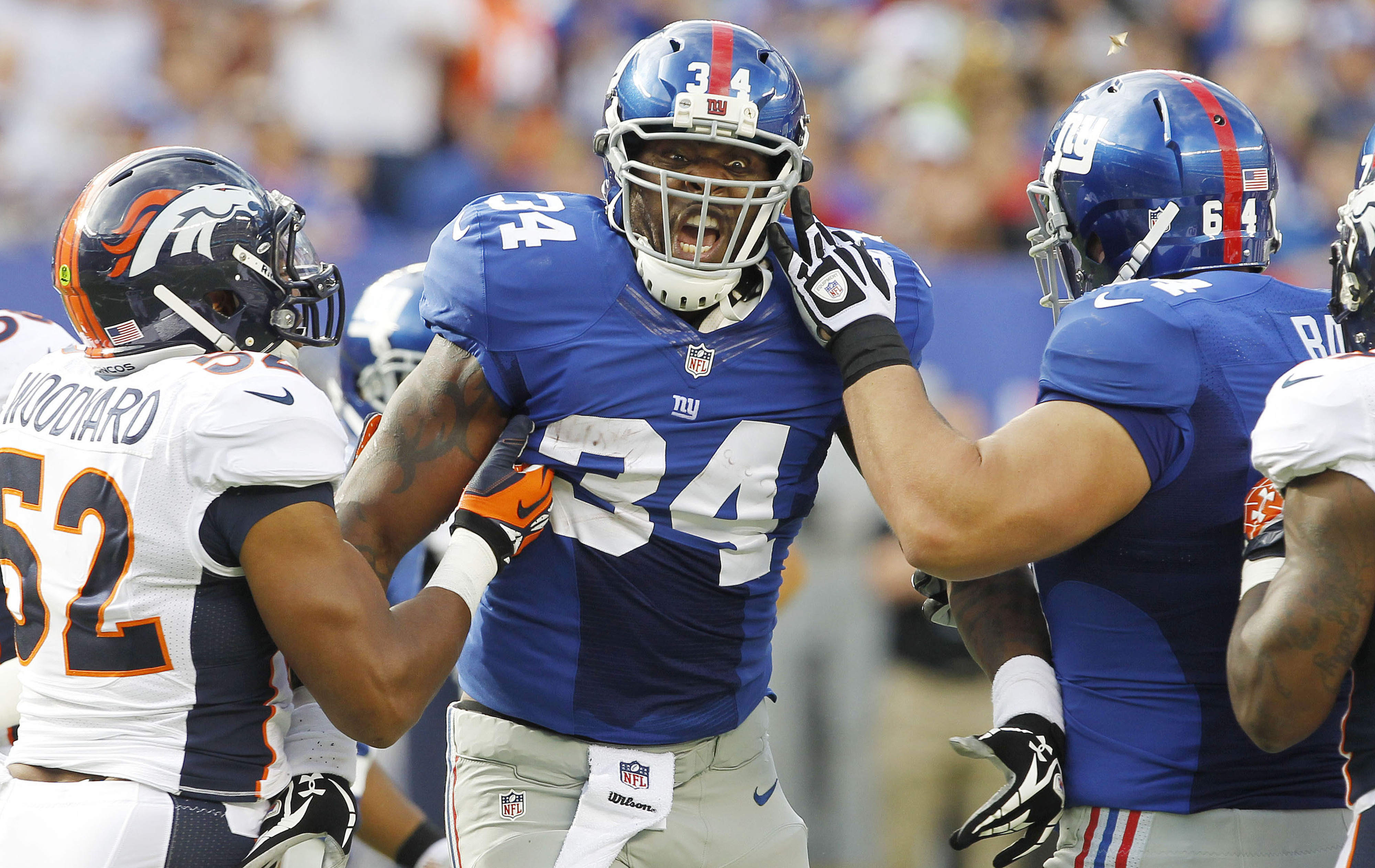 Brandon Jacobs played 14 snaps on offense Sunday.