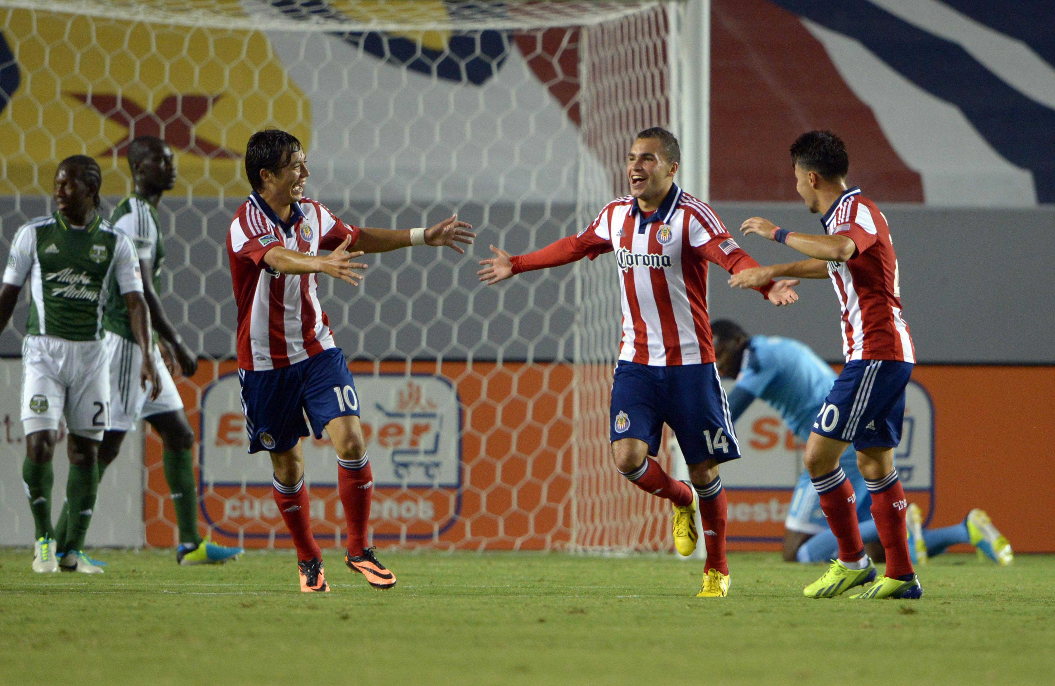 Cubo Torres, Bryan de la Fuente and Carlos Alvarez
