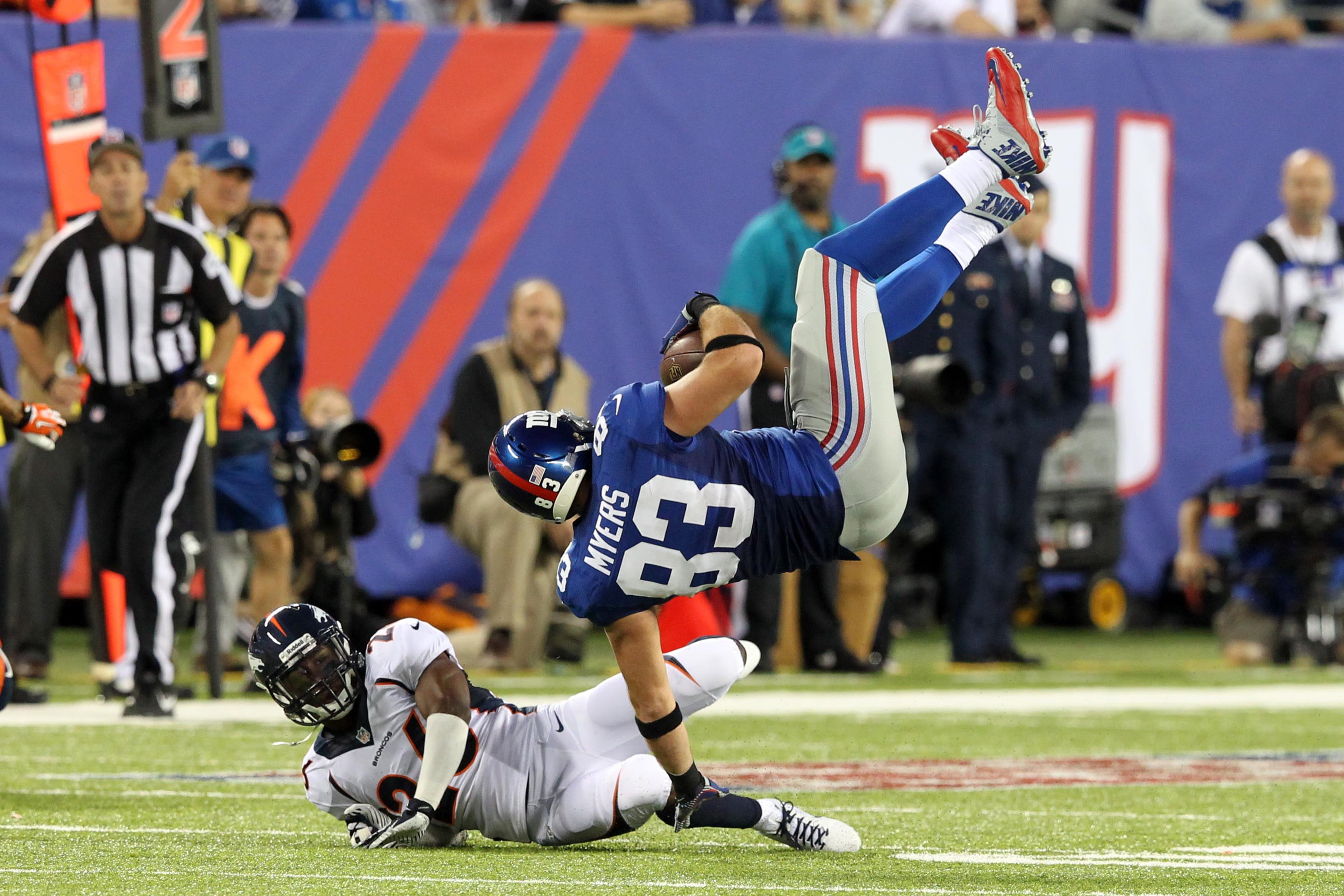 Brandon Myers is not on the giants' injury report despite hits like this one Sunday vs. Denver.