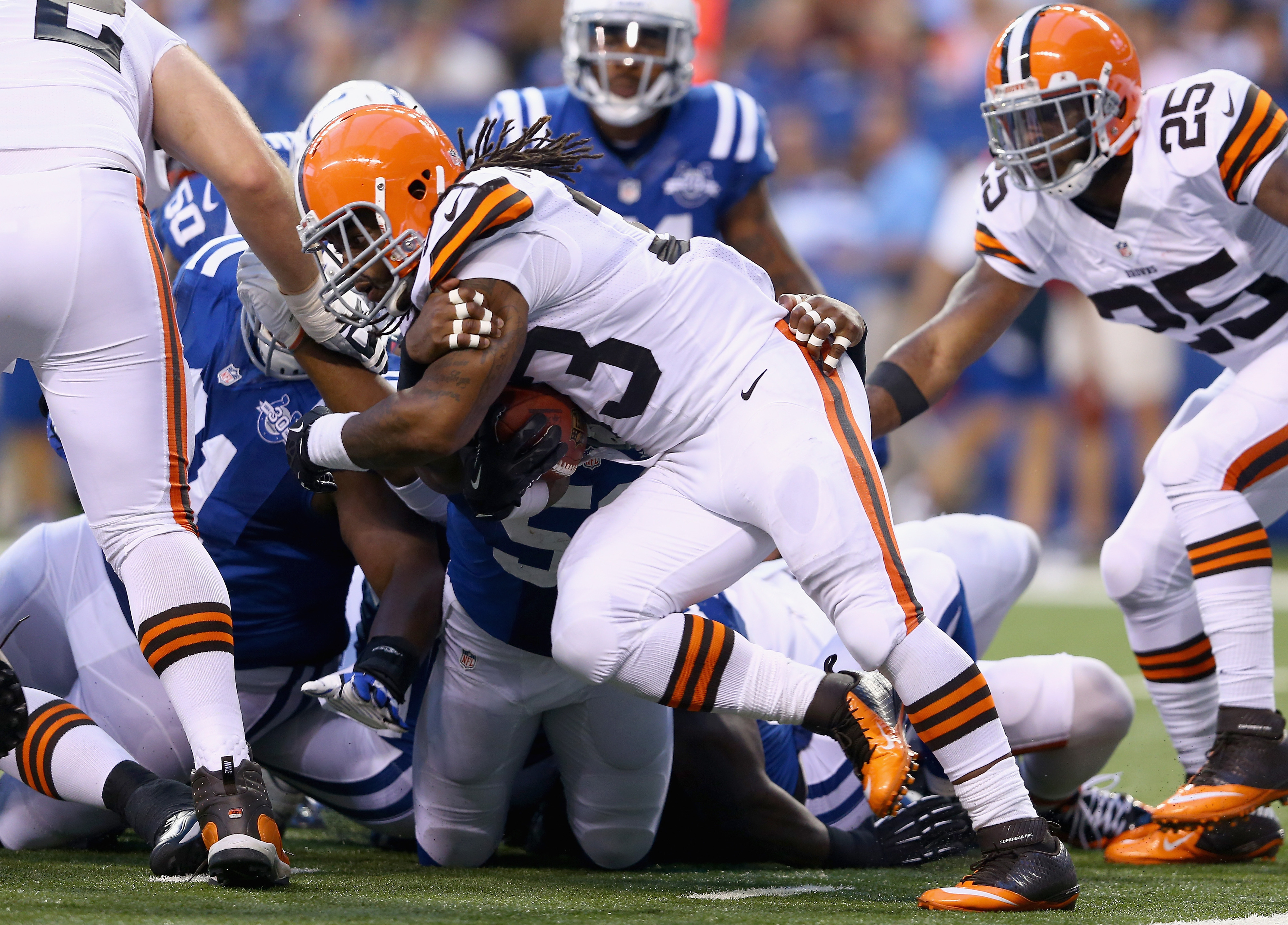 Trent Richardson makes his debut for the Colts in San Francisco today.