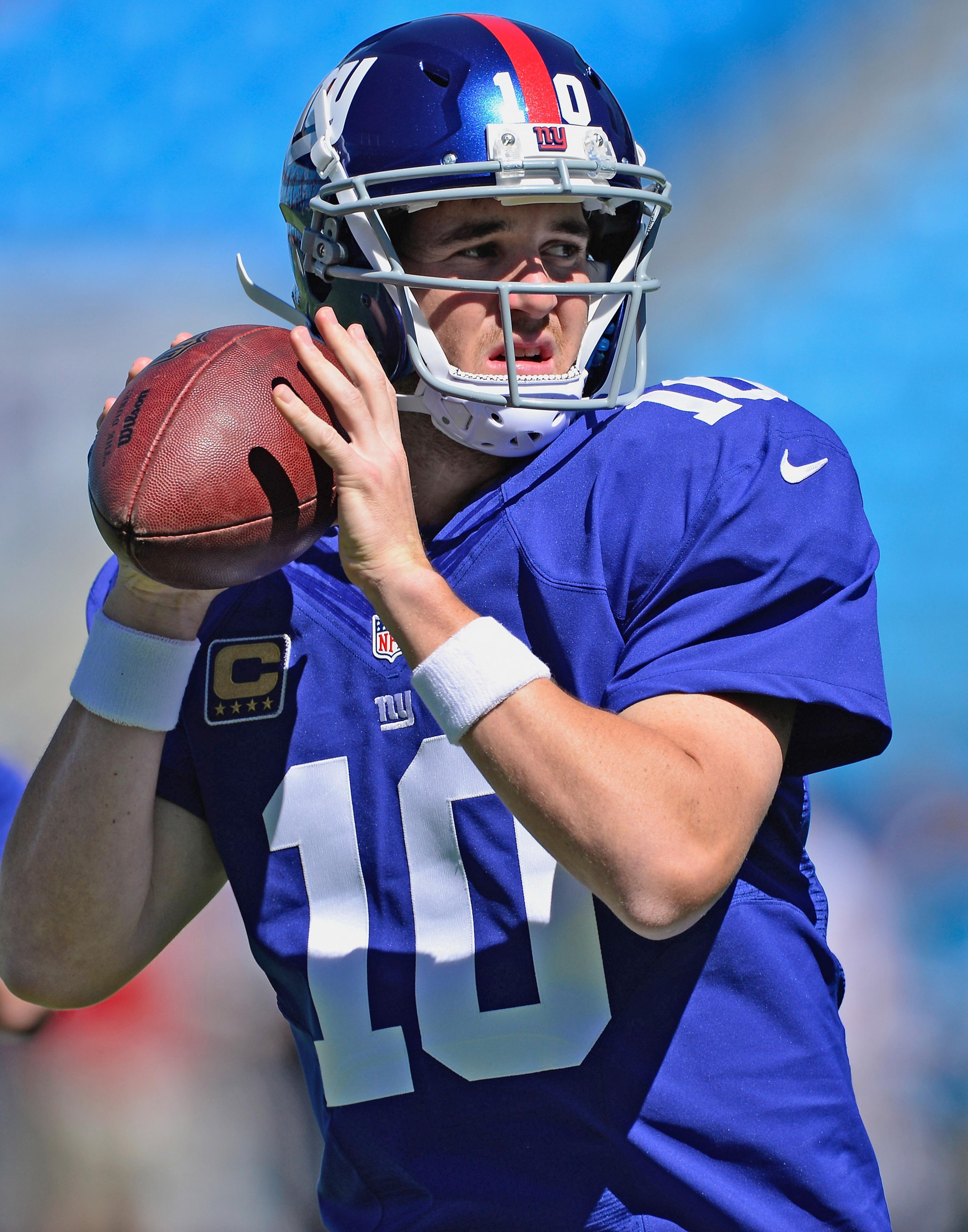 Eli Manning warming up before Sunday's game vs. Carolina.