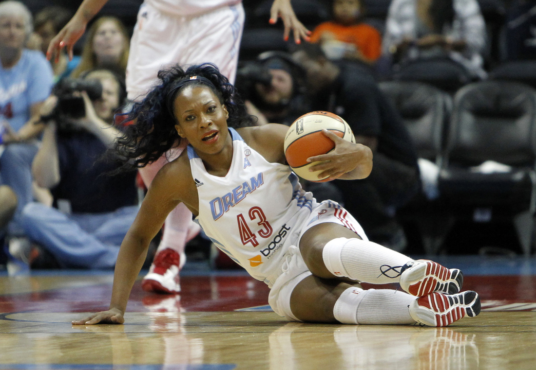 Le'coe Willingham is one of three Atlanta Dream players dealing with injuries as they approach the Eastern Conference Finals.