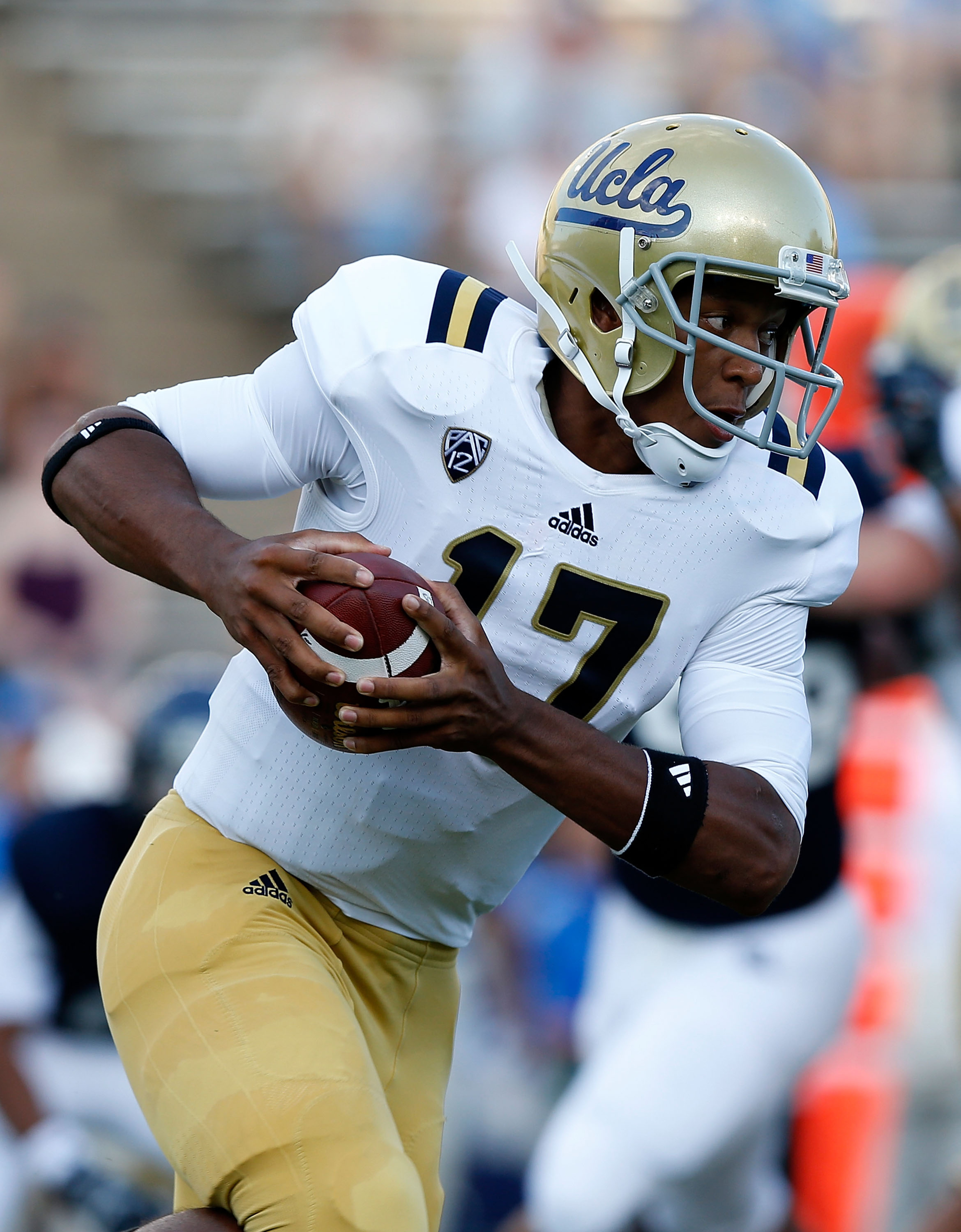 Brett Hundley is the best quarterback in the Pac-12 South right now.