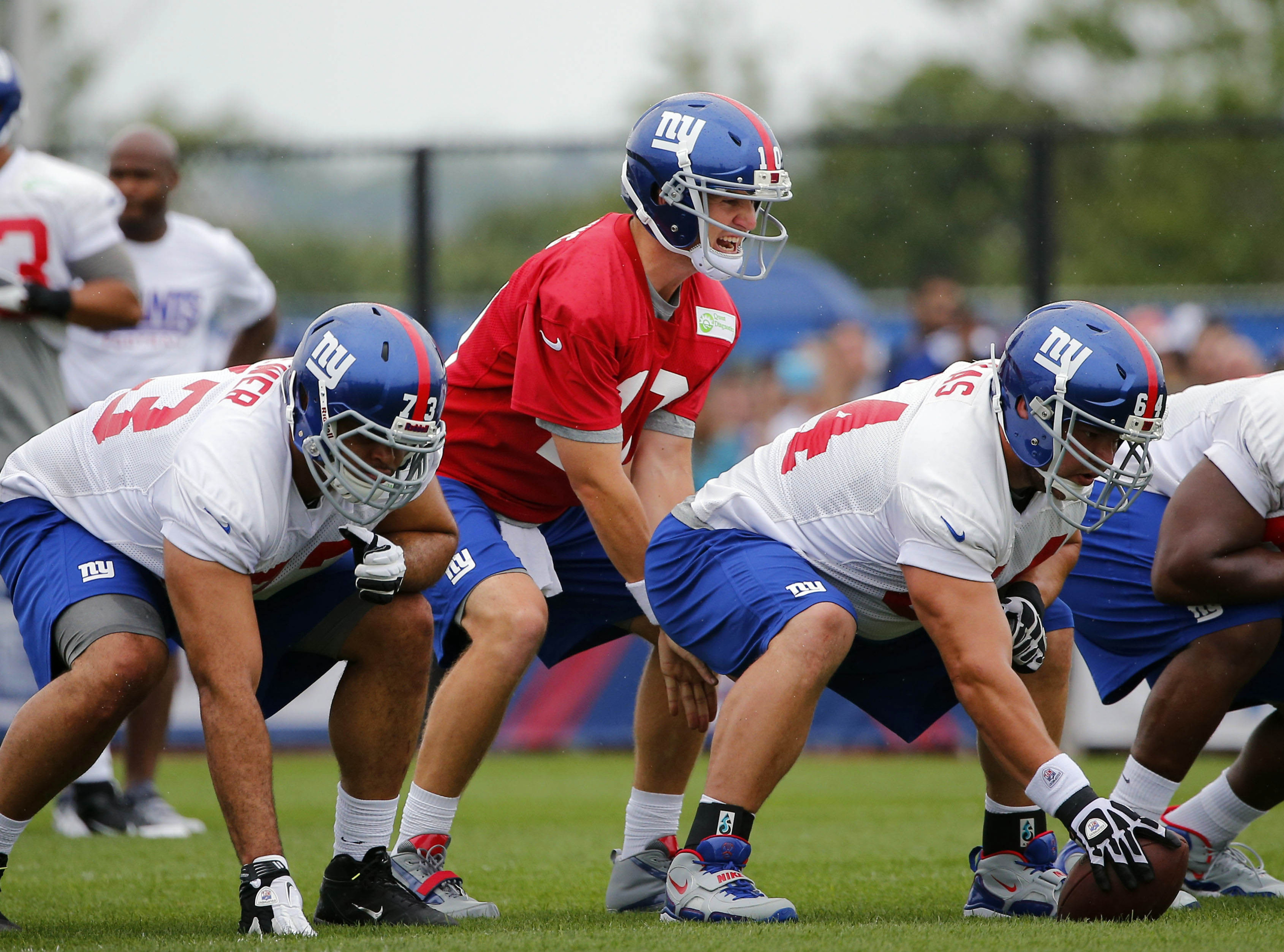 David Baas might not be snapping to Eli Manning on Sunday.