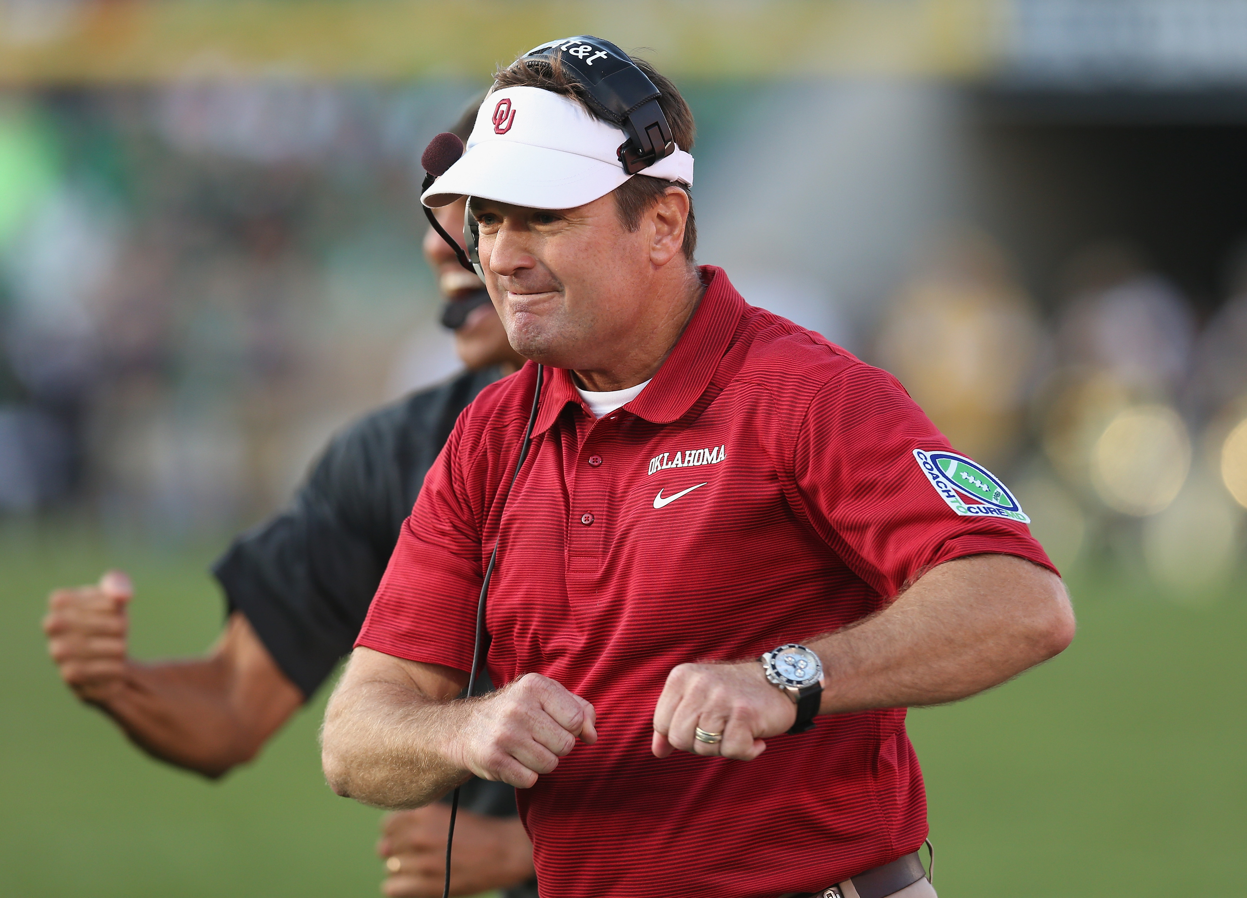 Bob Stoops taking on SEC again, this time over defense