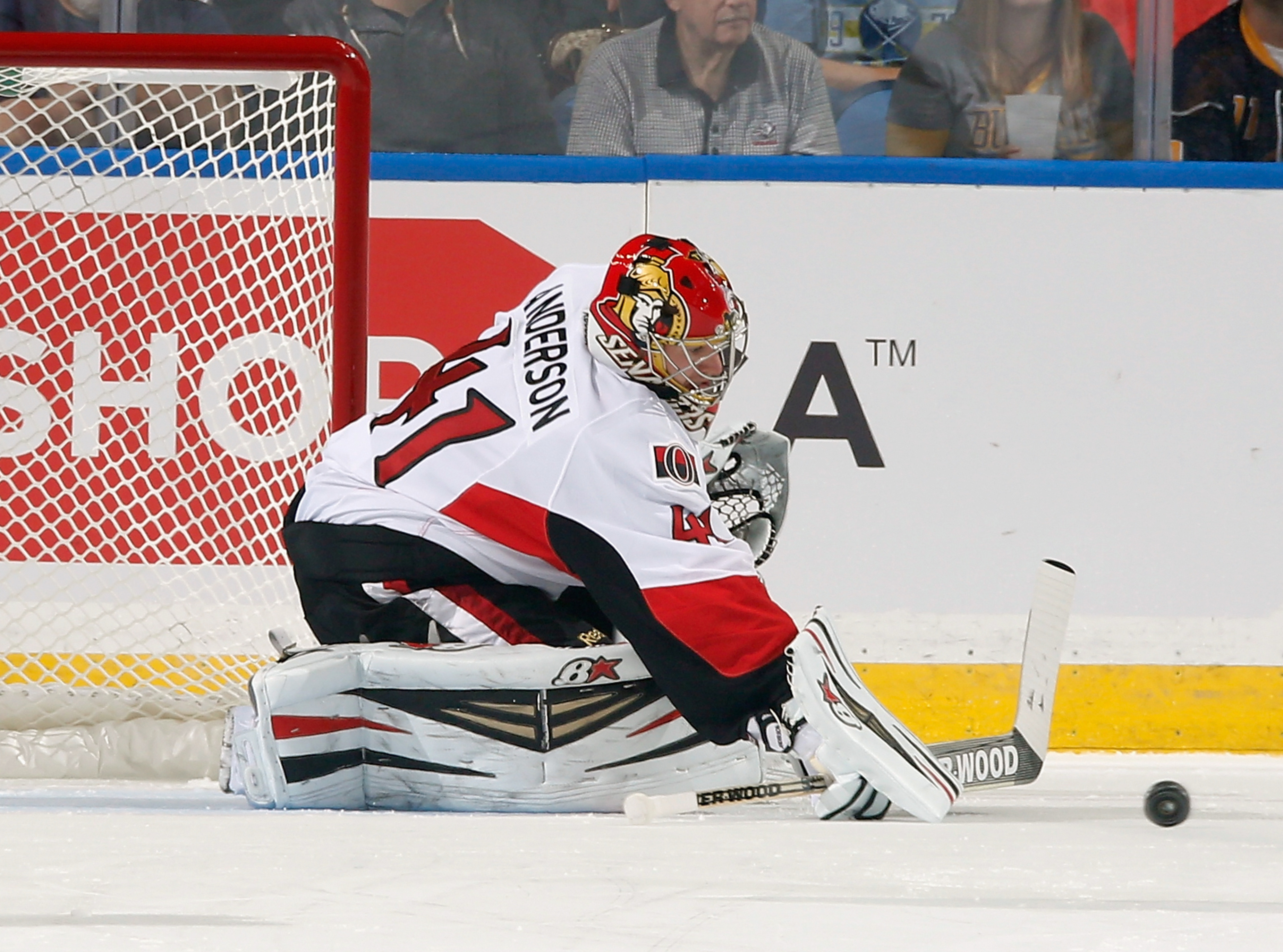 """Inspired by the """"Carrie"""" remake, Craig Anderson tries to make a save with his mind."""