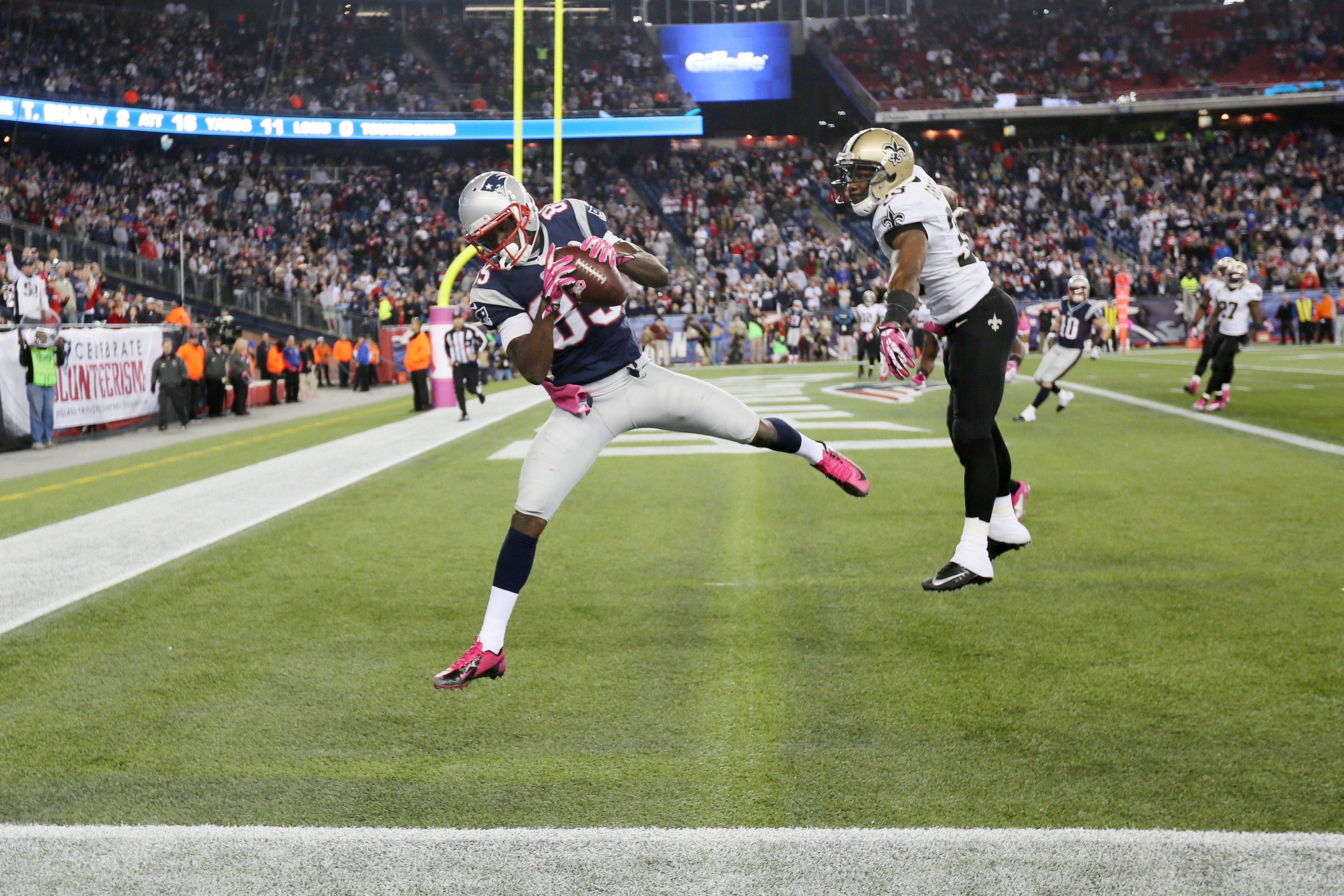 Patriots announcers lose it after game-winning Kenbrell Thompkins TD