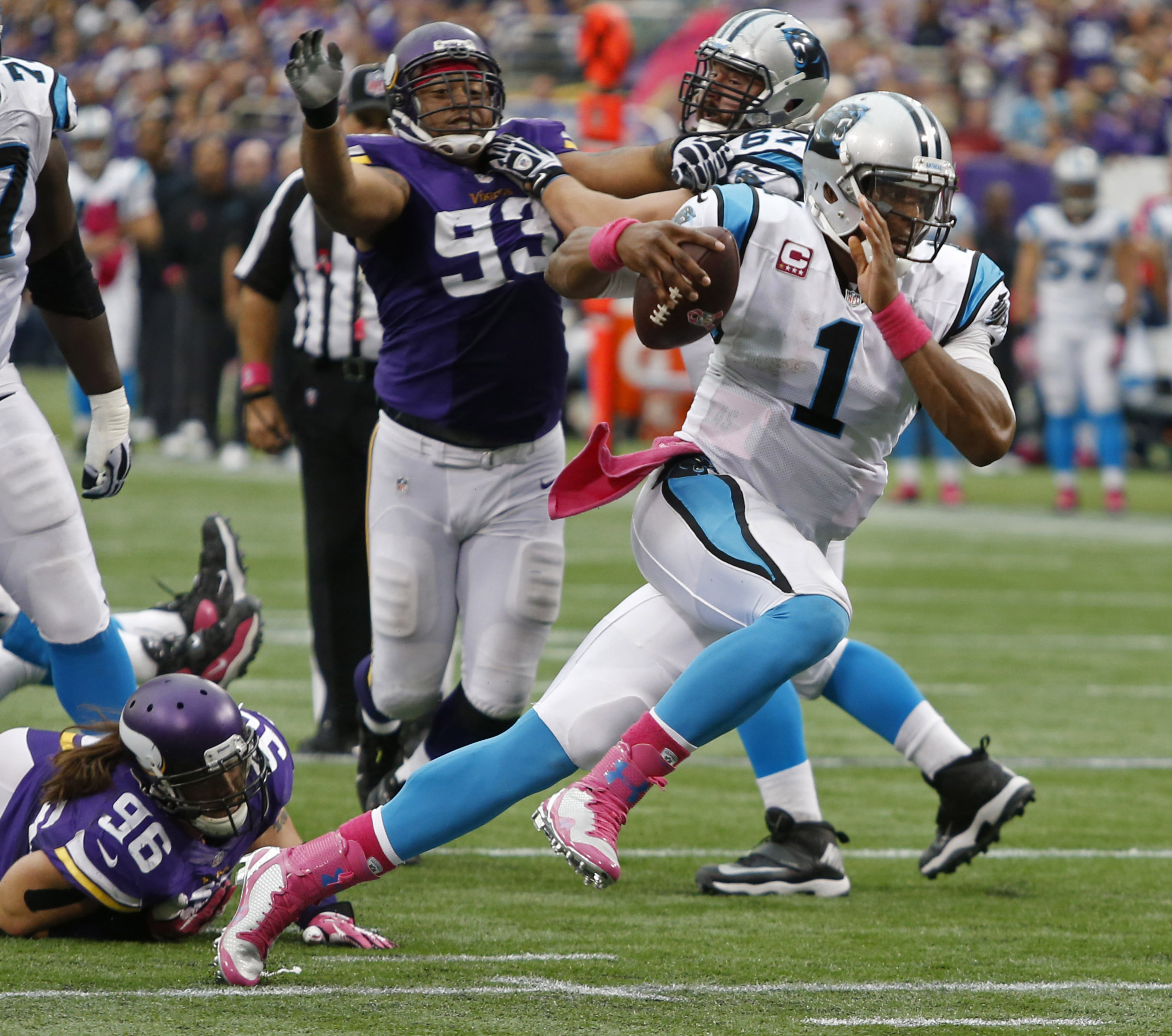 NFL players of the week: Cam Newton shines against Minnesota