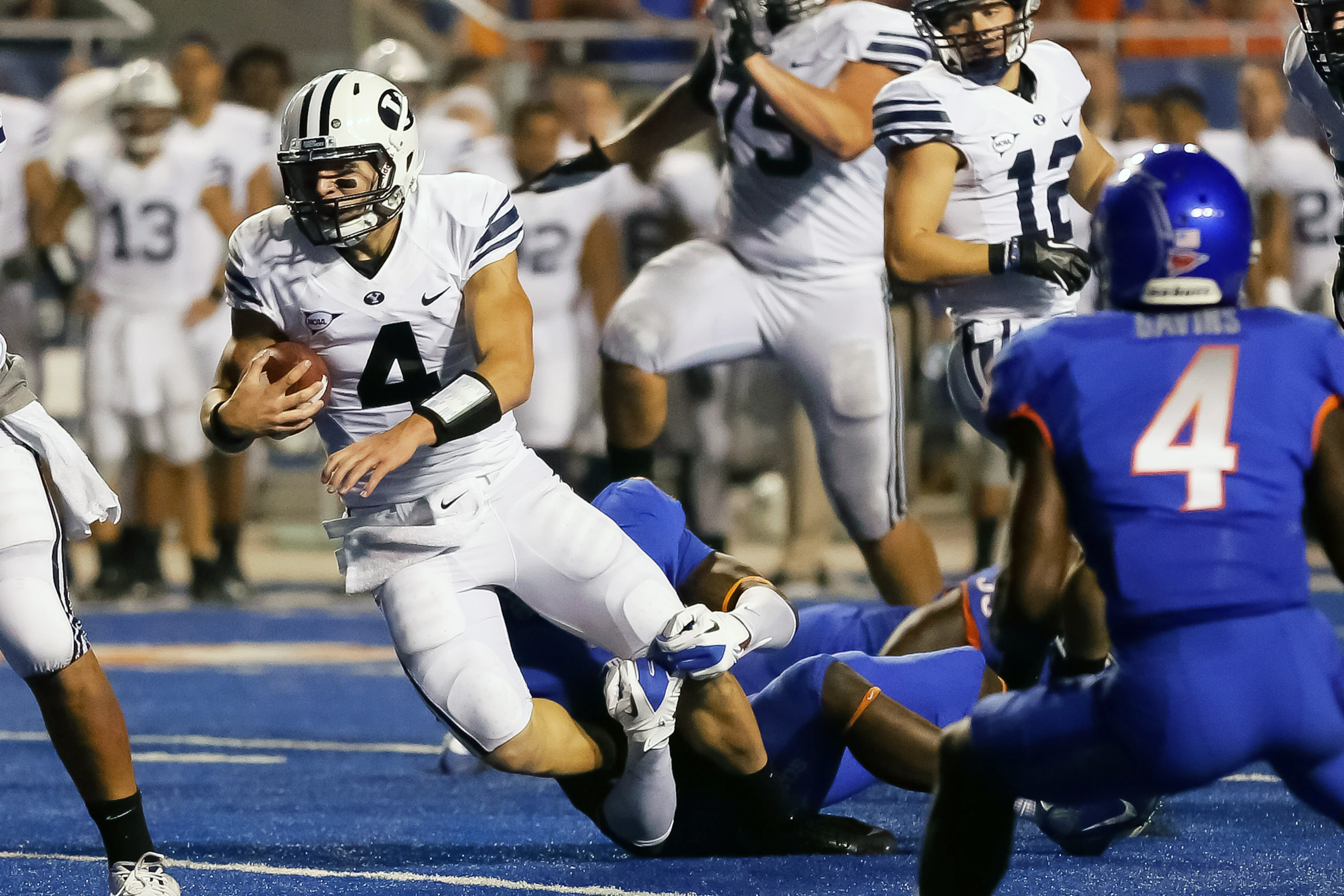 Hilll tries to escape against BSU in 2012