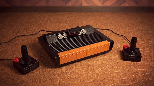 Artist creates a Lego Atari 2600