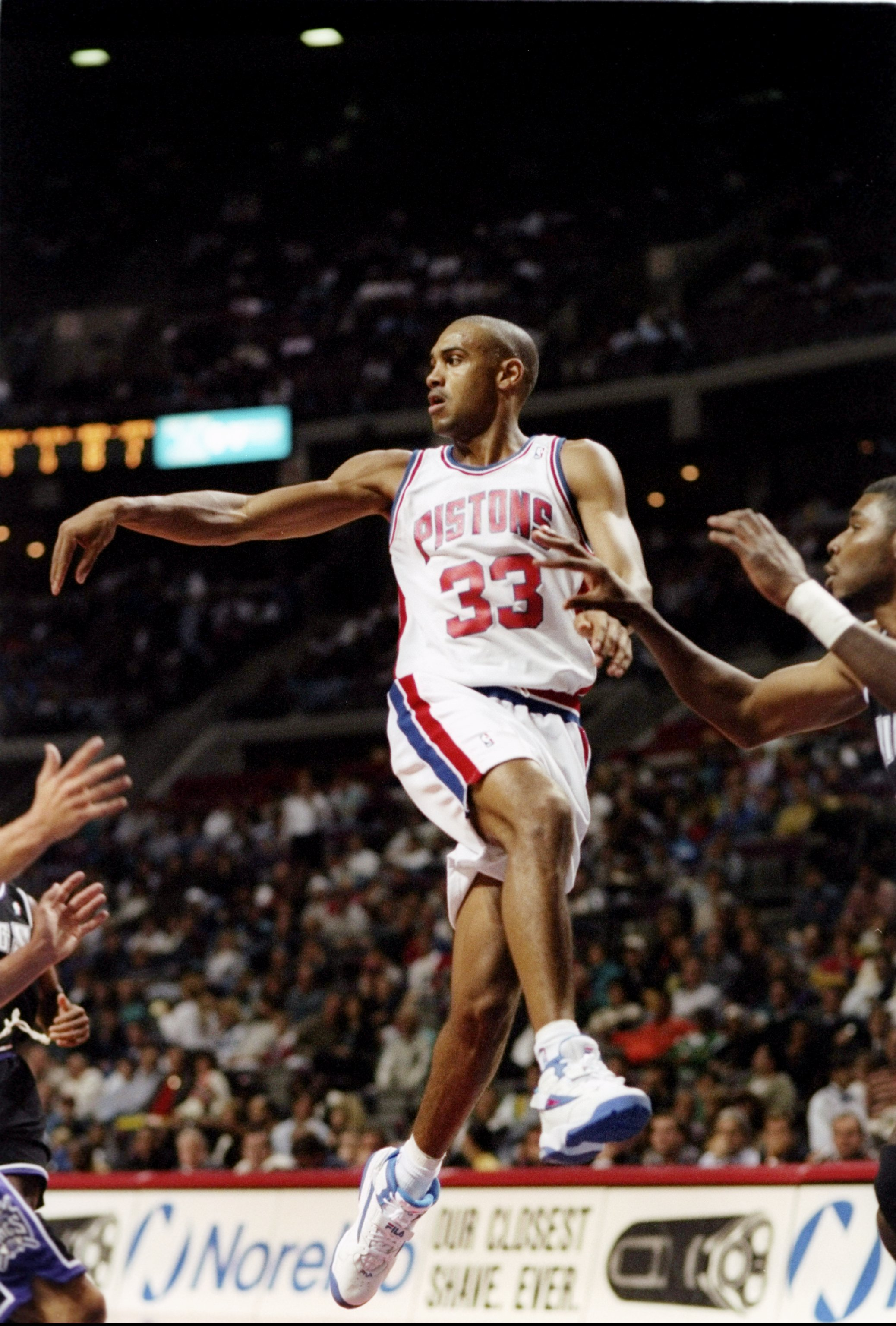 27 Oct 1994: Forward Grant Hill of the Detroit Pistons goes airborne during a game against the Sacramento Kings at The Palace in Auburn Hills, Michigan. The Pistons won the game, 107-91.