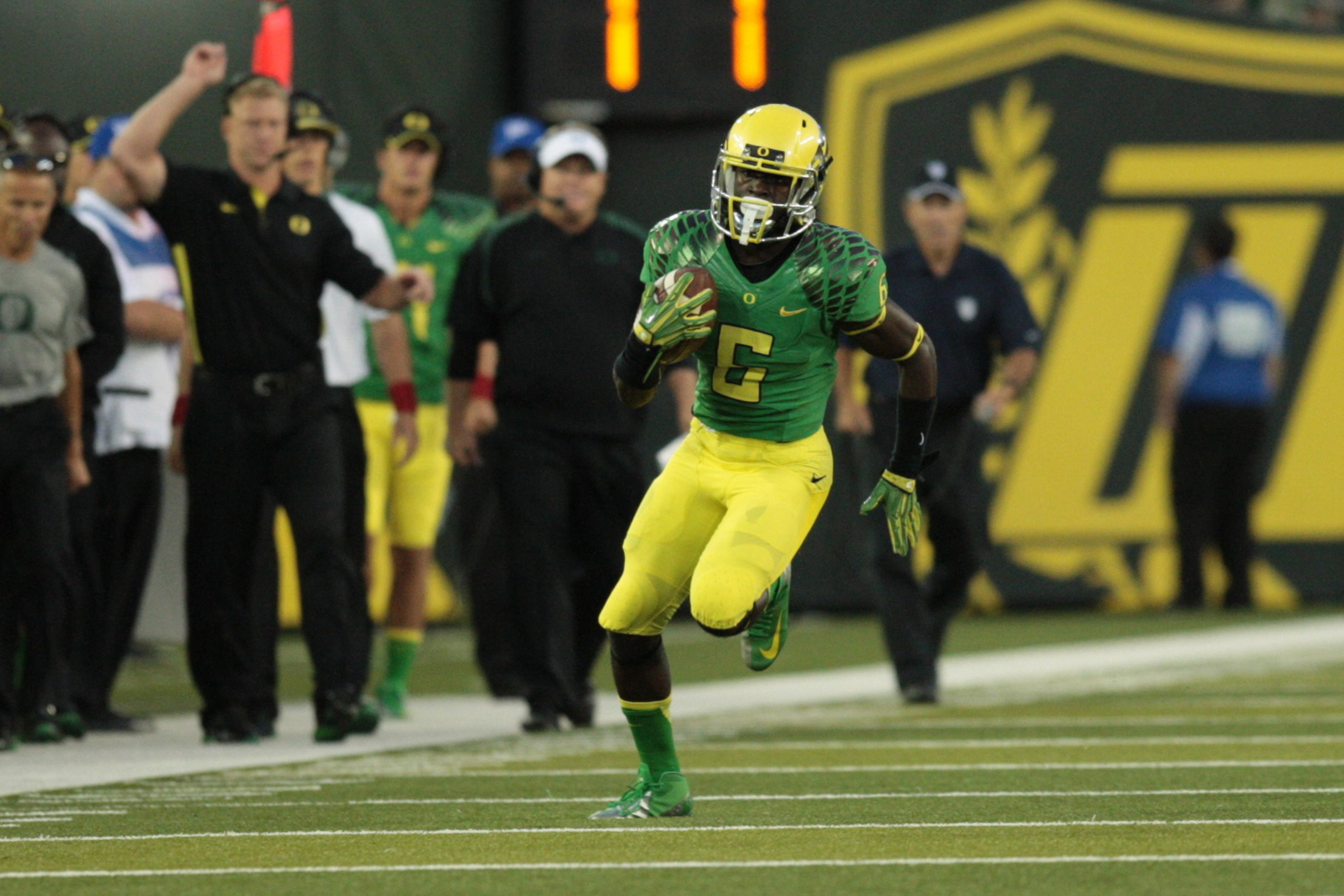 Oregon should score 'at least' 40 on Stanford, says De'Anthony Thomas