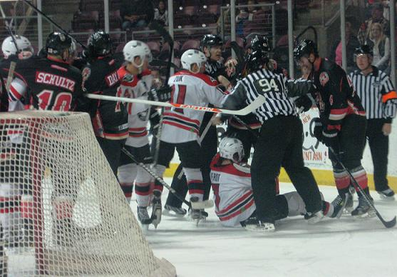 The Sundogs continued their quest for a home win