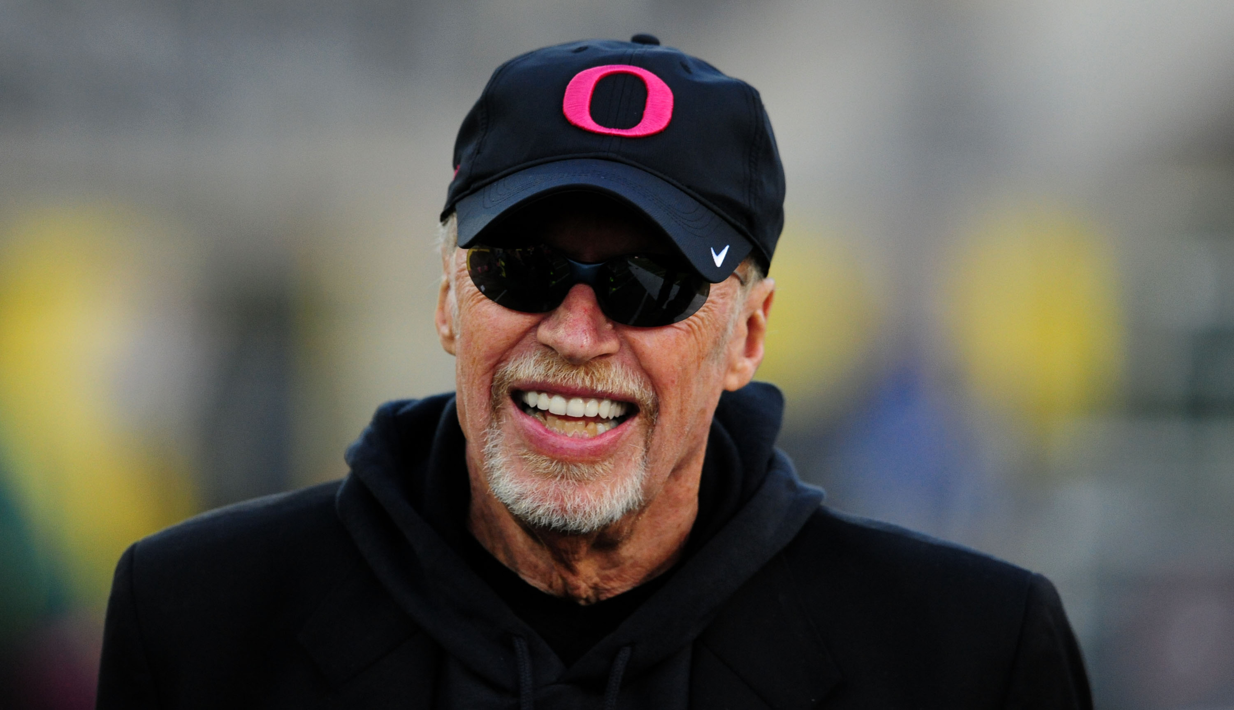 Phil Knight trades his Oregon gear for Alabama colors