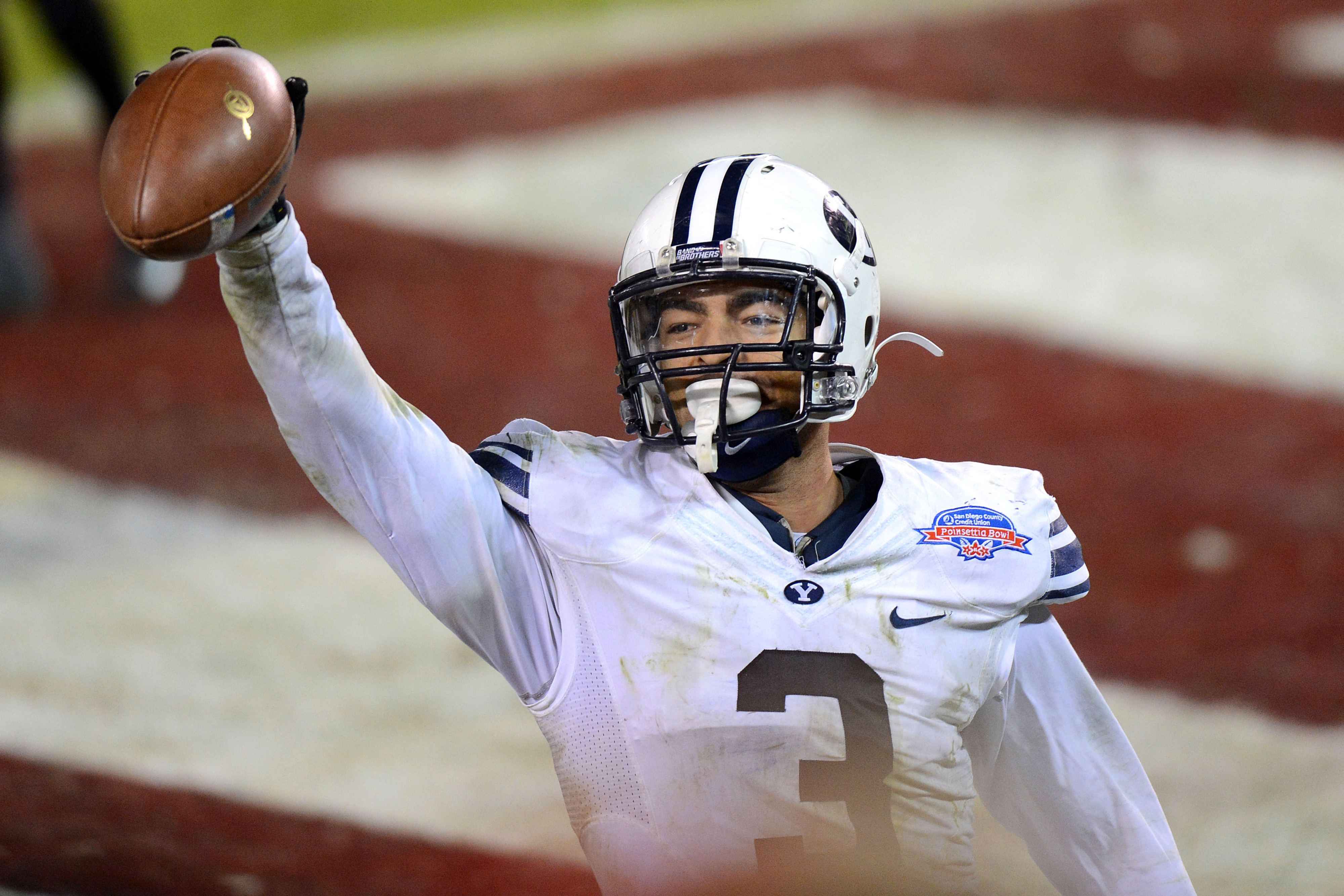 Van Noy celebrates a touchdown against San Diego State in the 2012 Poinsettia Bowl.