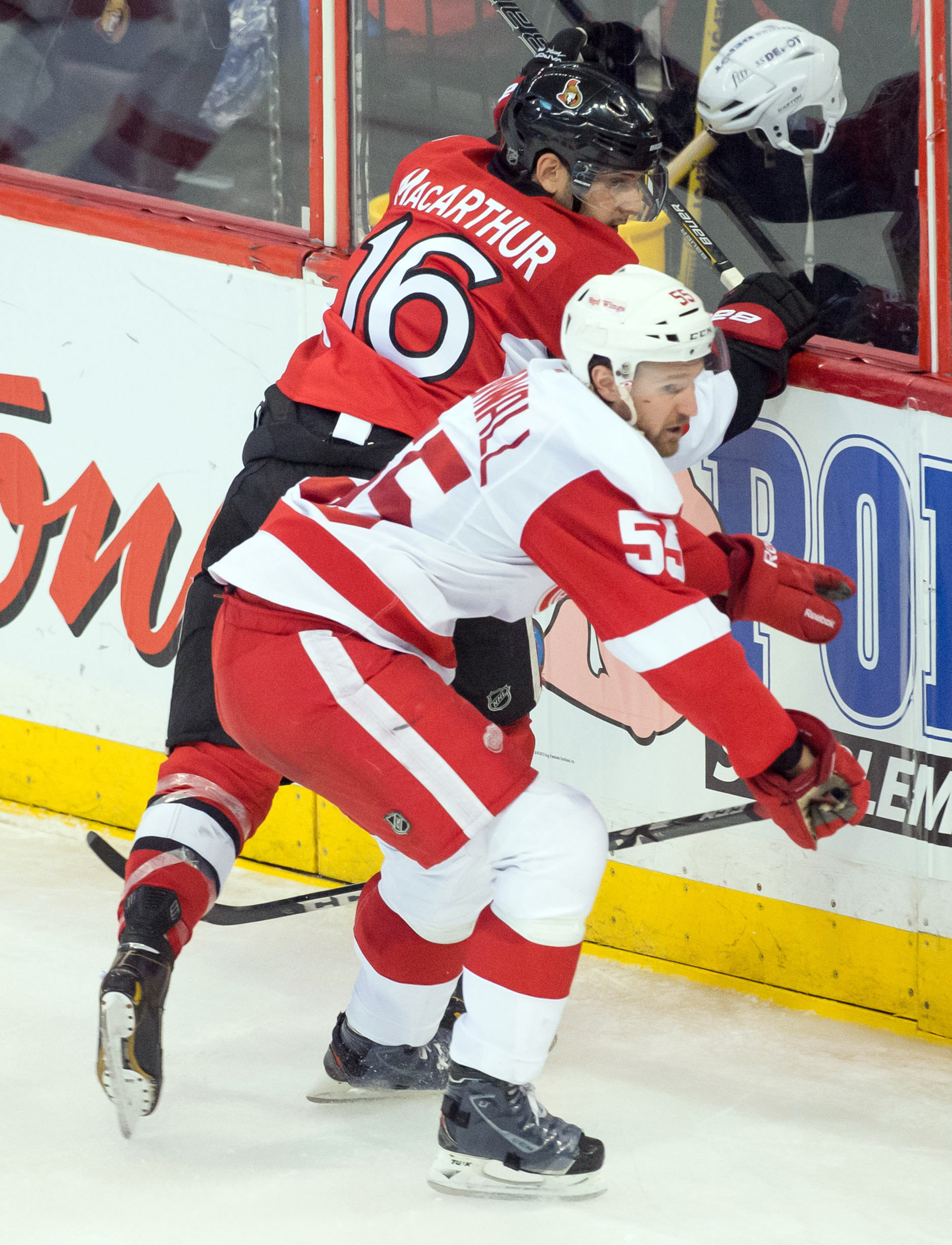 Clarke MacArthur plays well with others.