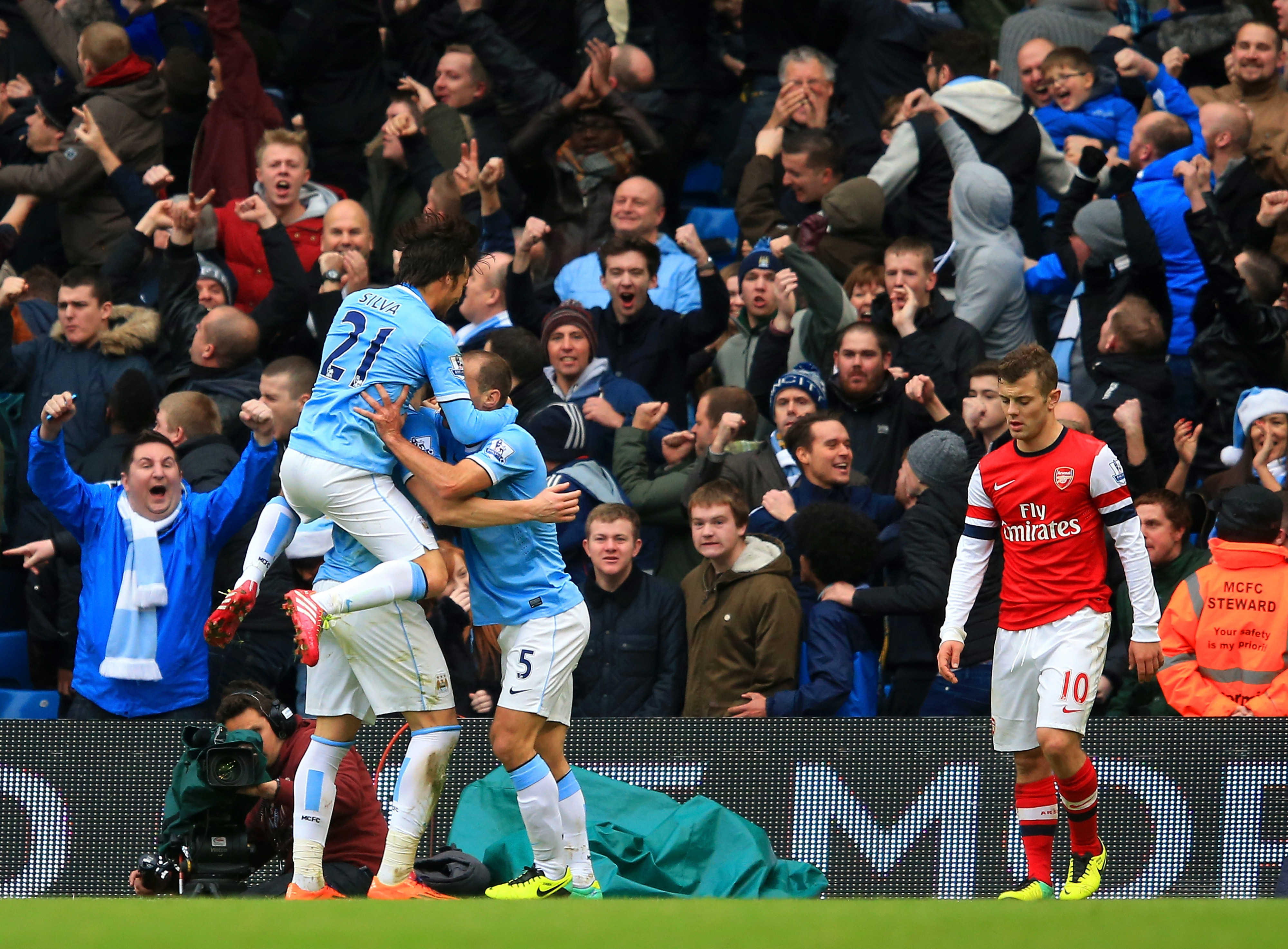 Manchester City vs. Arsenal: Final score 6-3; City cruise past the leaders