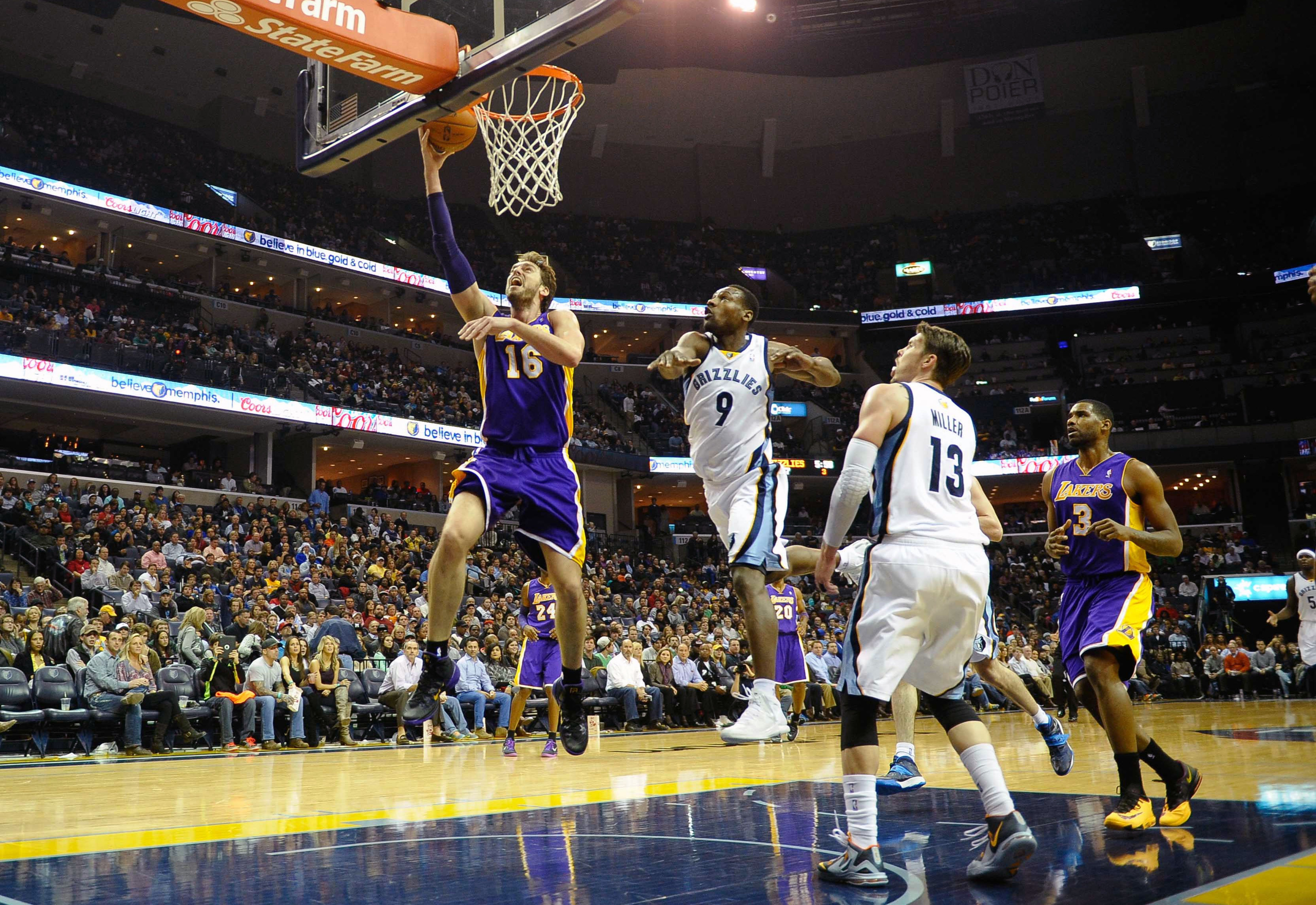Pau Gasol trade rumors: Lakers PF not on market, per report