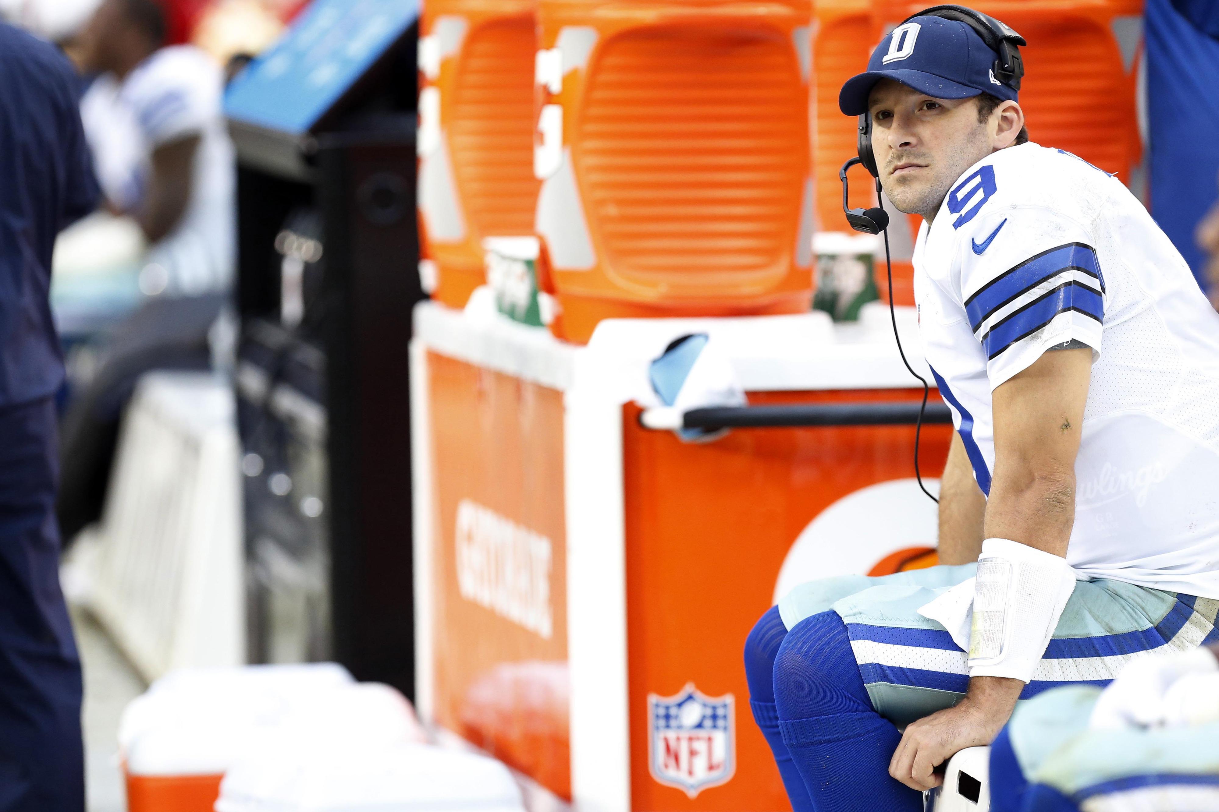 Tony Romo injury: Cowboys quarterback out for the season, per report