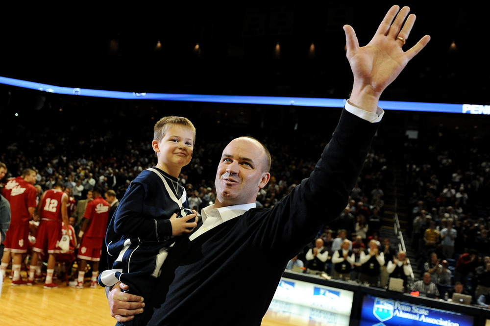 O'Brien being introduced as the new football coach at Penn State during a basketball game.