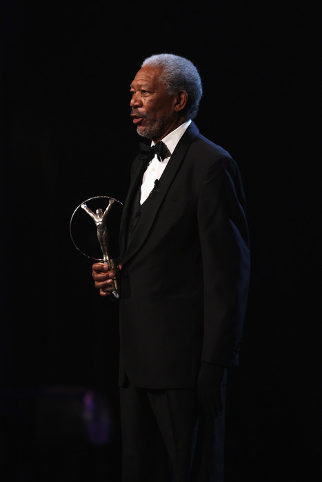 Morgan Freeman announcing the winner of the bhoov He Did His Research Award.