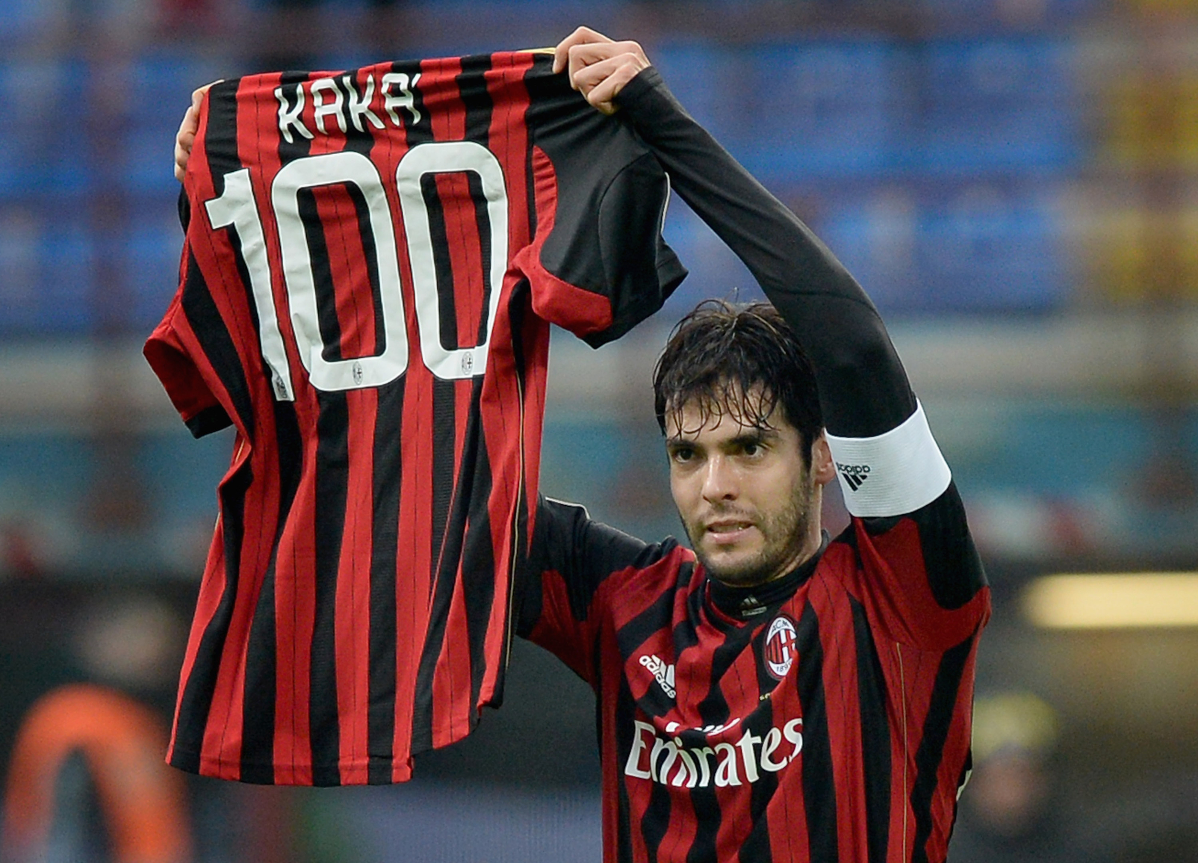 Kaka scores 100th goal for AC Milan