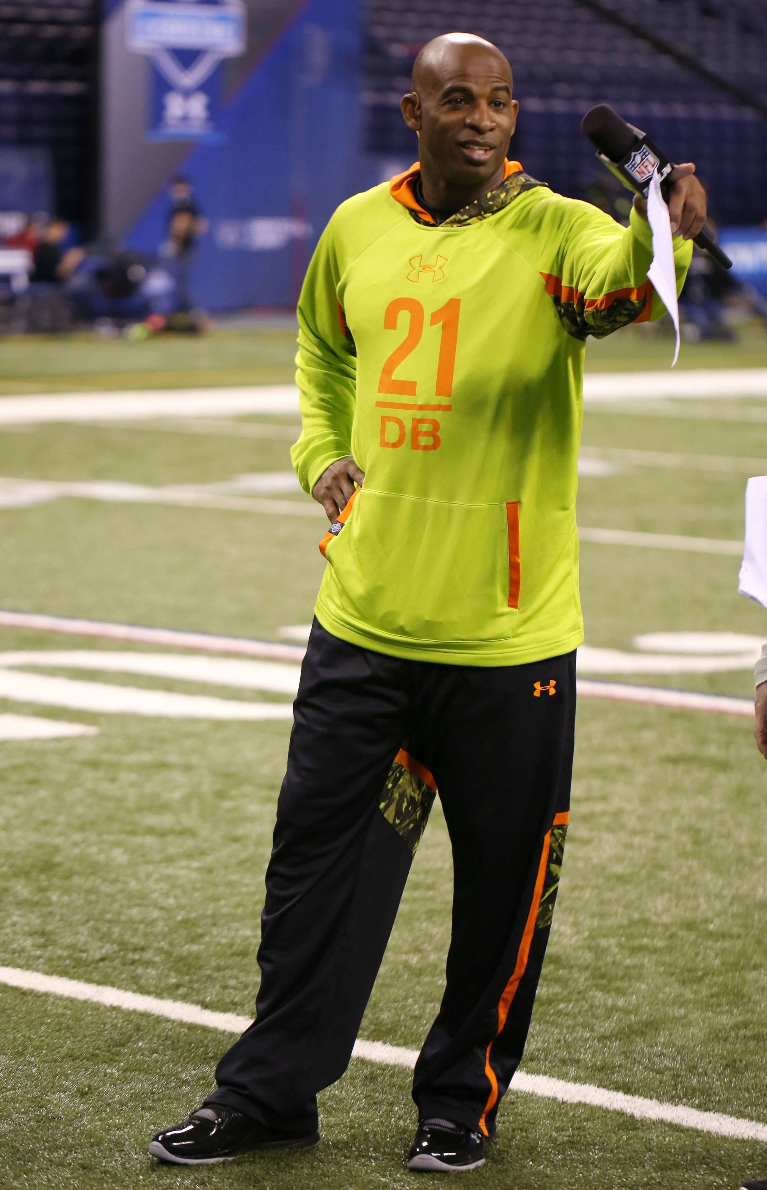 Deion Sanders tweets he'll play in the Pro Bowl, Jerry Rice is more lukewarm