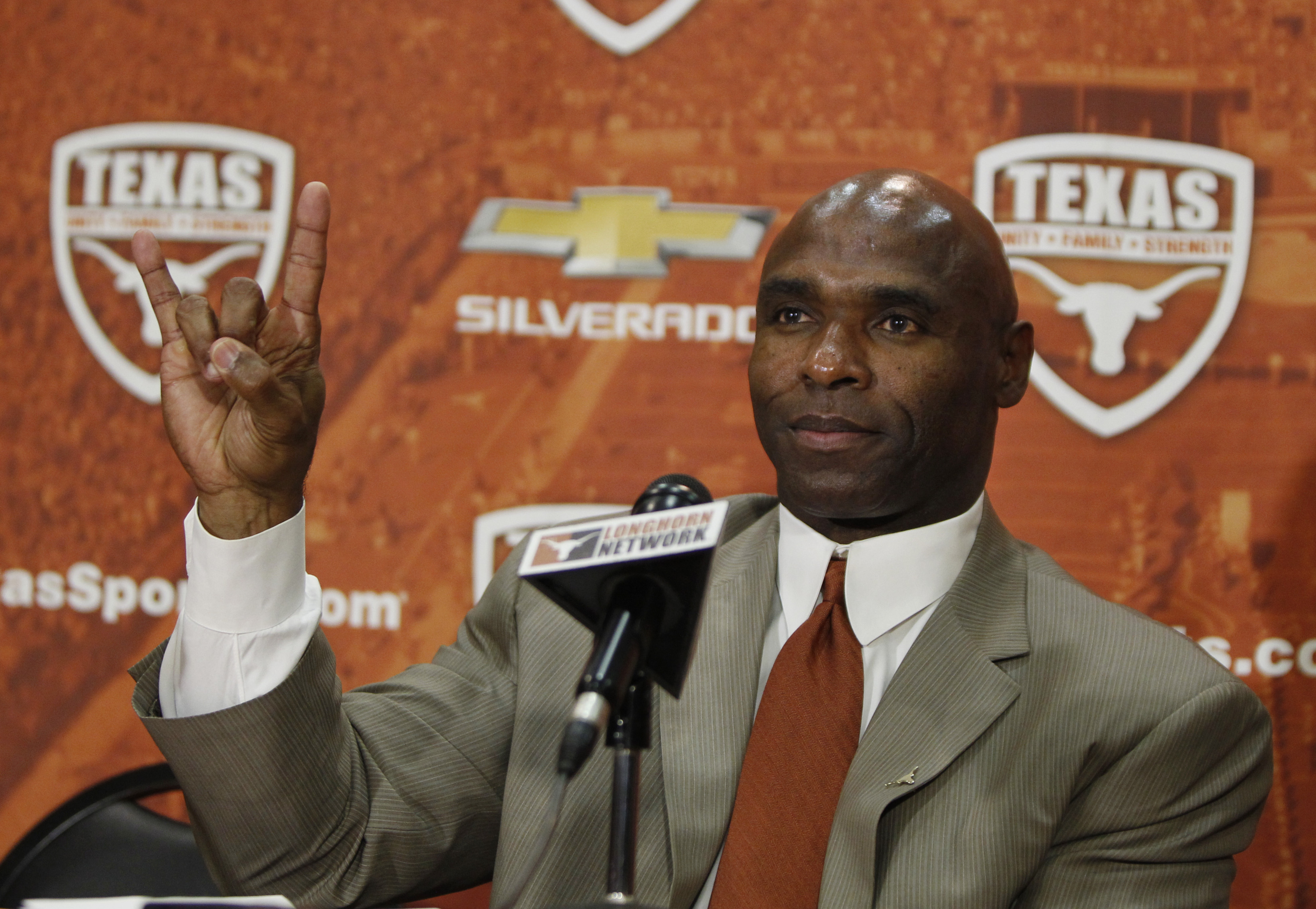 Charlie Strong has dipped into Starkville and taken away 5-year OC Les Koenning to coach WRs at Texas