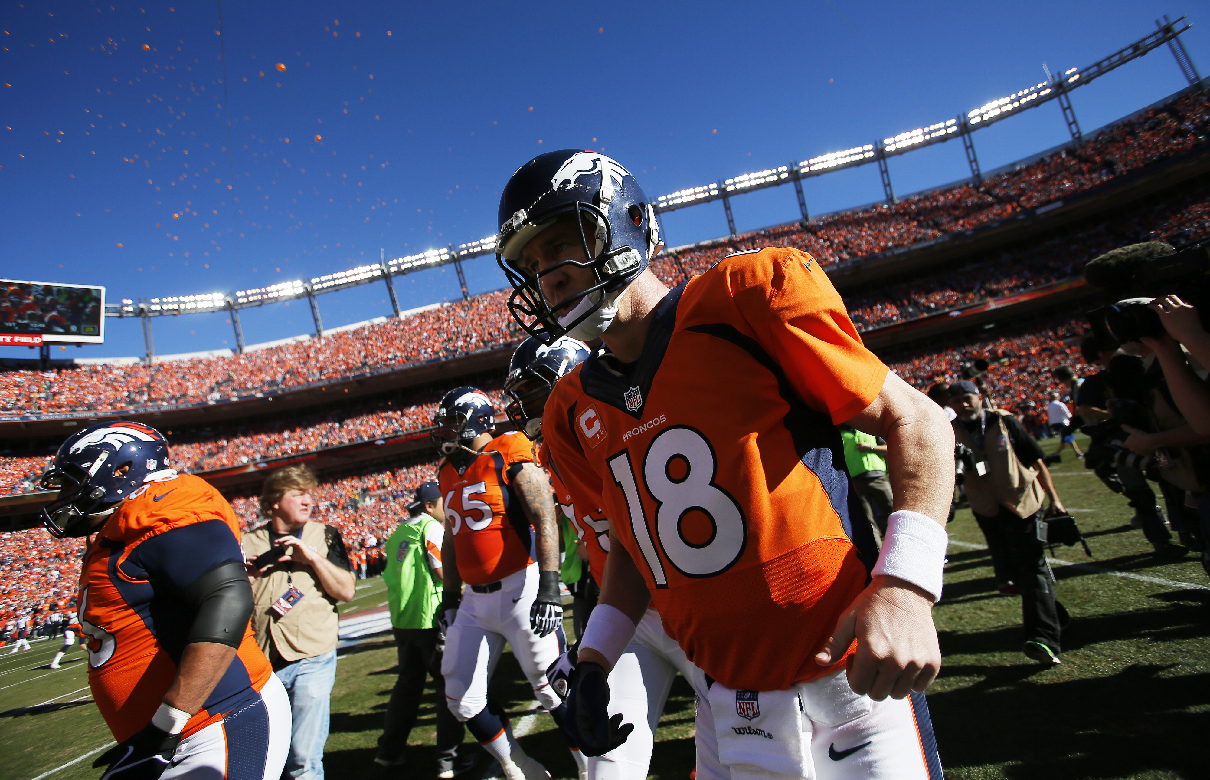 Super Bowl odds 2014: Broncos favored, but not by much