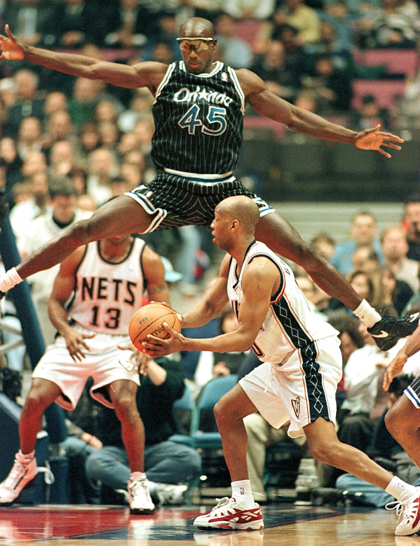 Bo Outlaw and Sam Cassell
