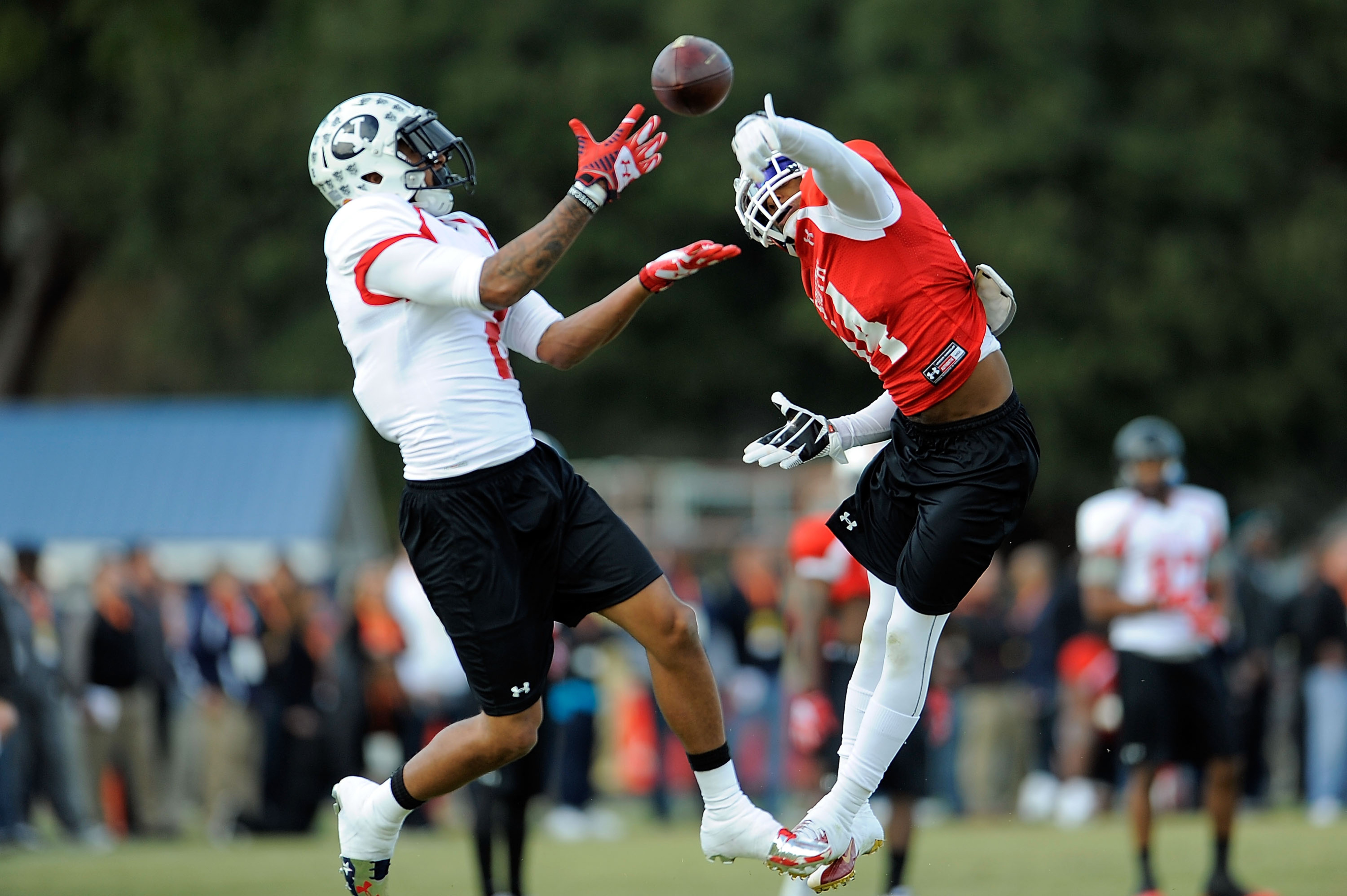 BYU receiver Cody Hoffman catches a pass at Senior Bowl practice.
