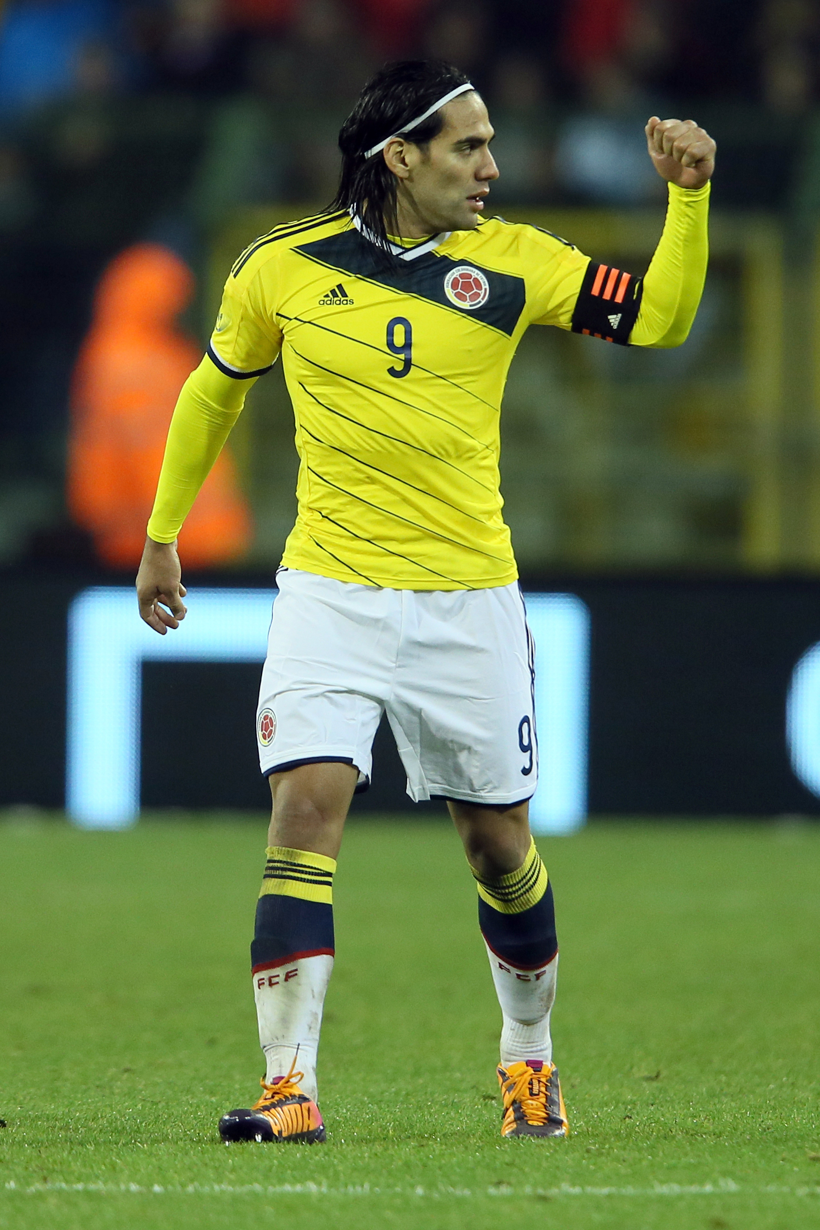 Radamel Falcao ruptures knee ligaments, will miss World Cup