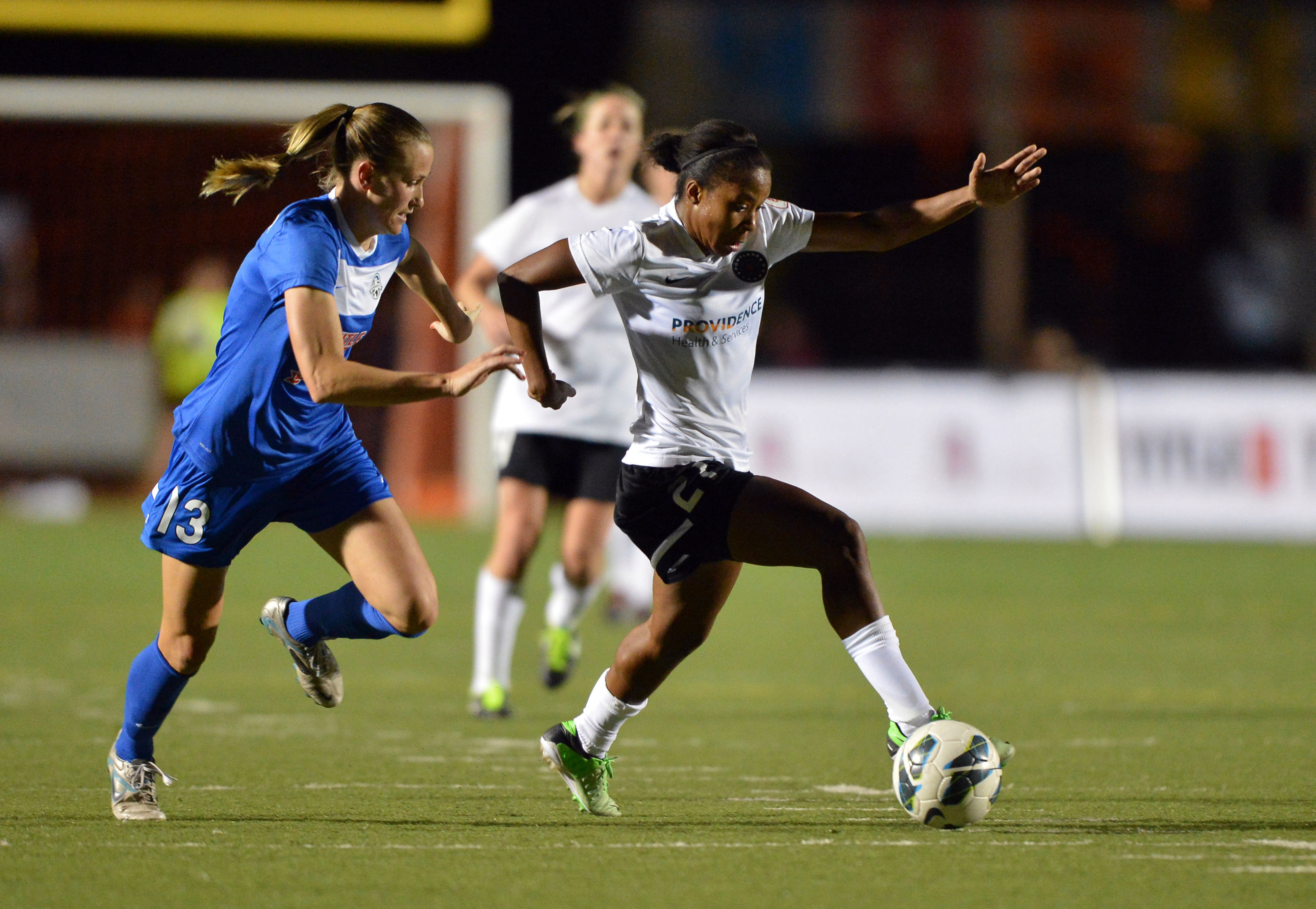 Nikki Washington will be one of many Dash players fans will have the chance to meet at Dash Day.