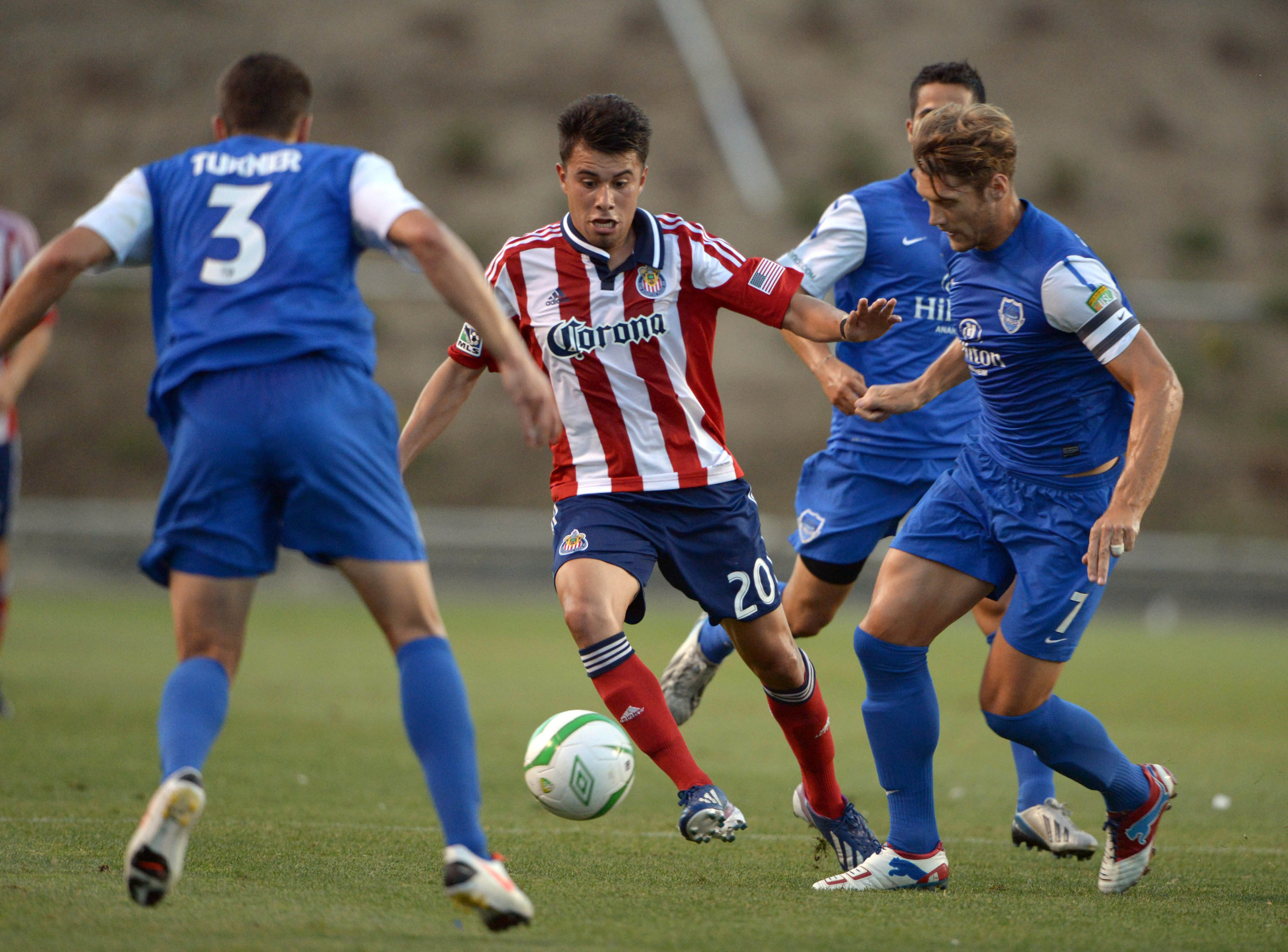 Chivas' reserves will play the Blues in June.