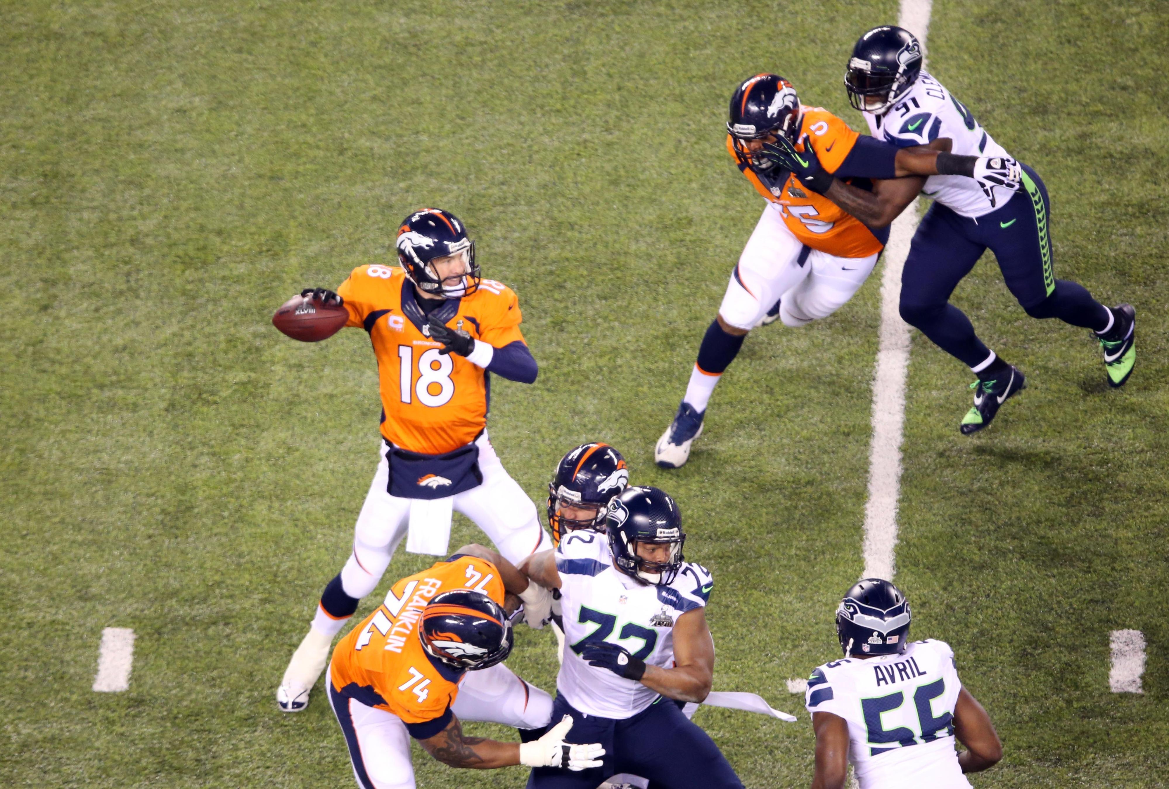 Super Bowl 48, score update: Peyton Manning throws pick-6, Seahawks lead 22-0