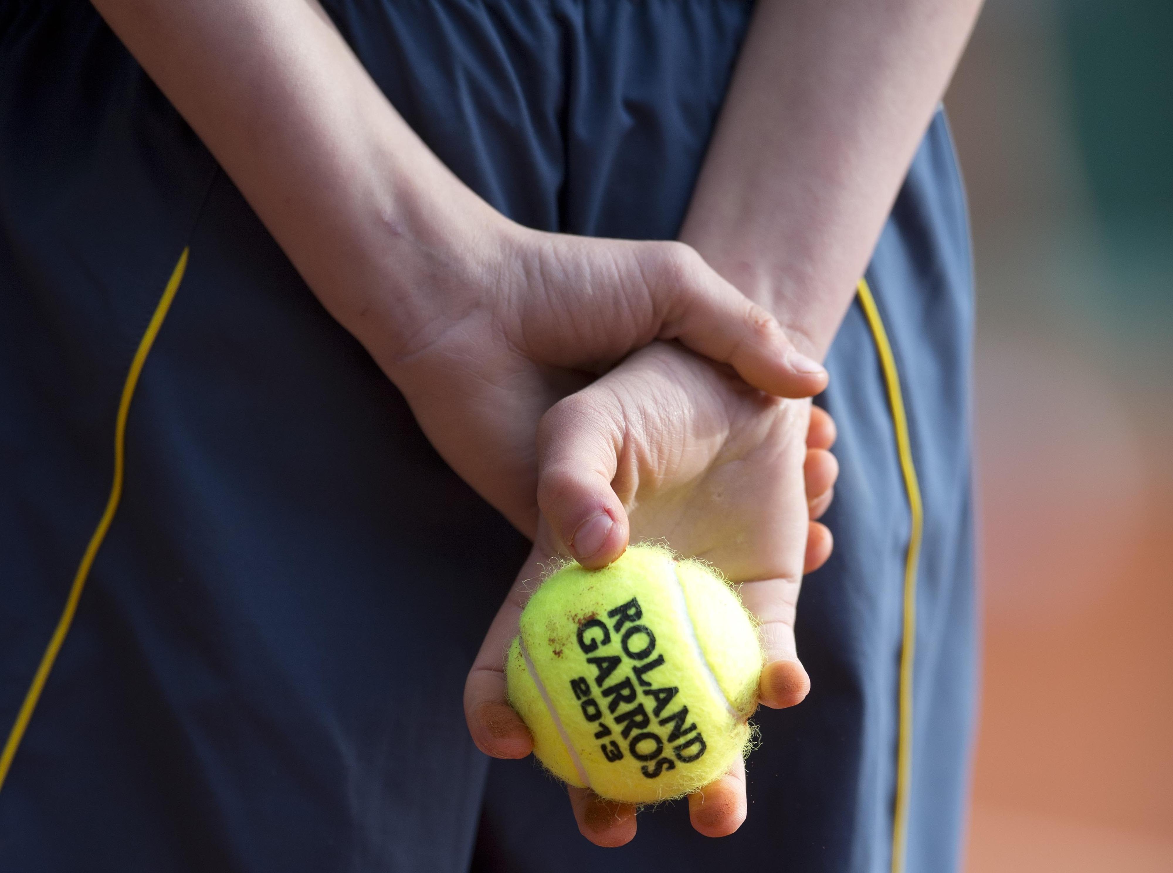 Hey, it's a tennis ball!